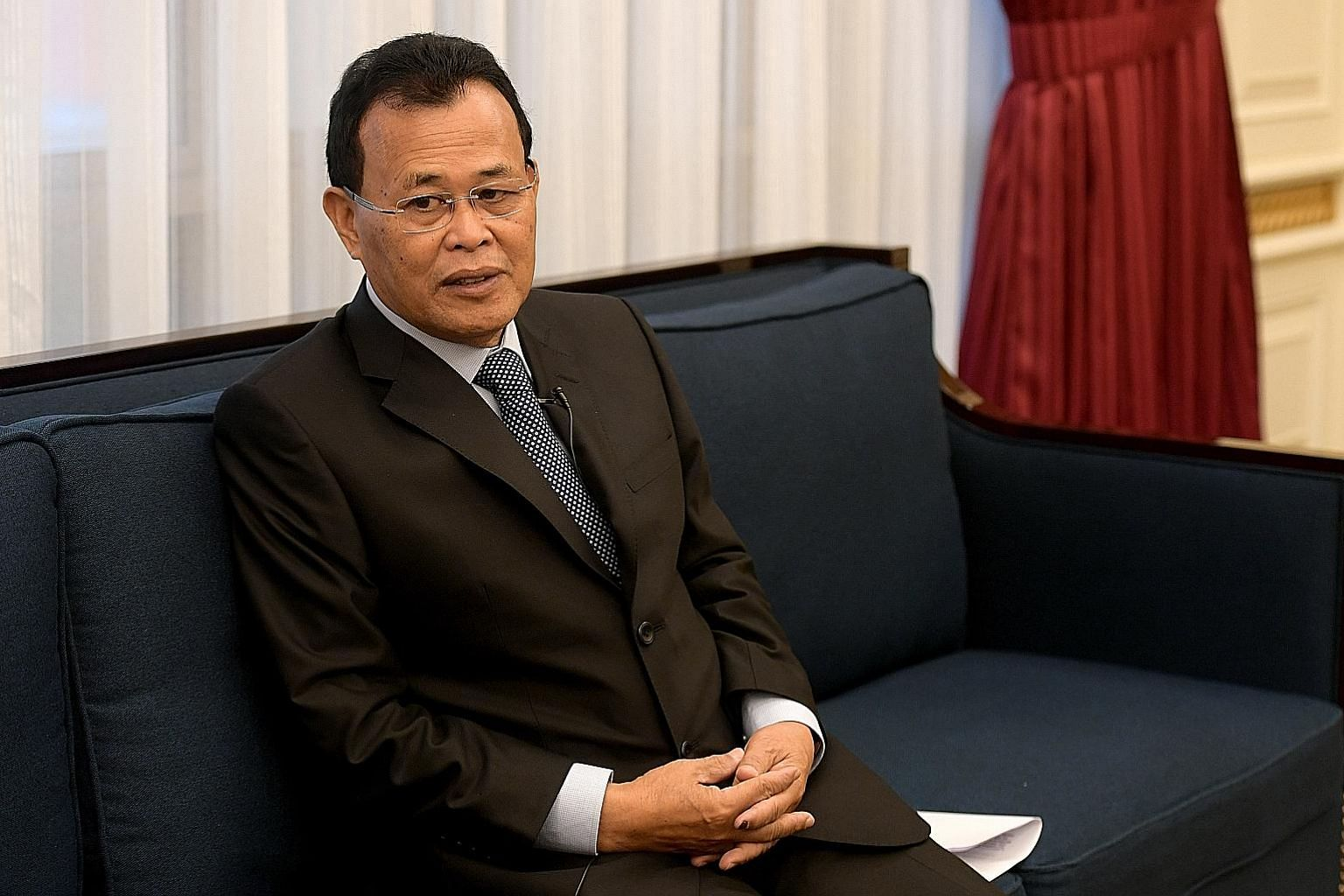 The resignation of Datuk Osman Sapian as Johor's Menteri Besar could result in an ugly constitutional crisis. ST FILE PHOTO