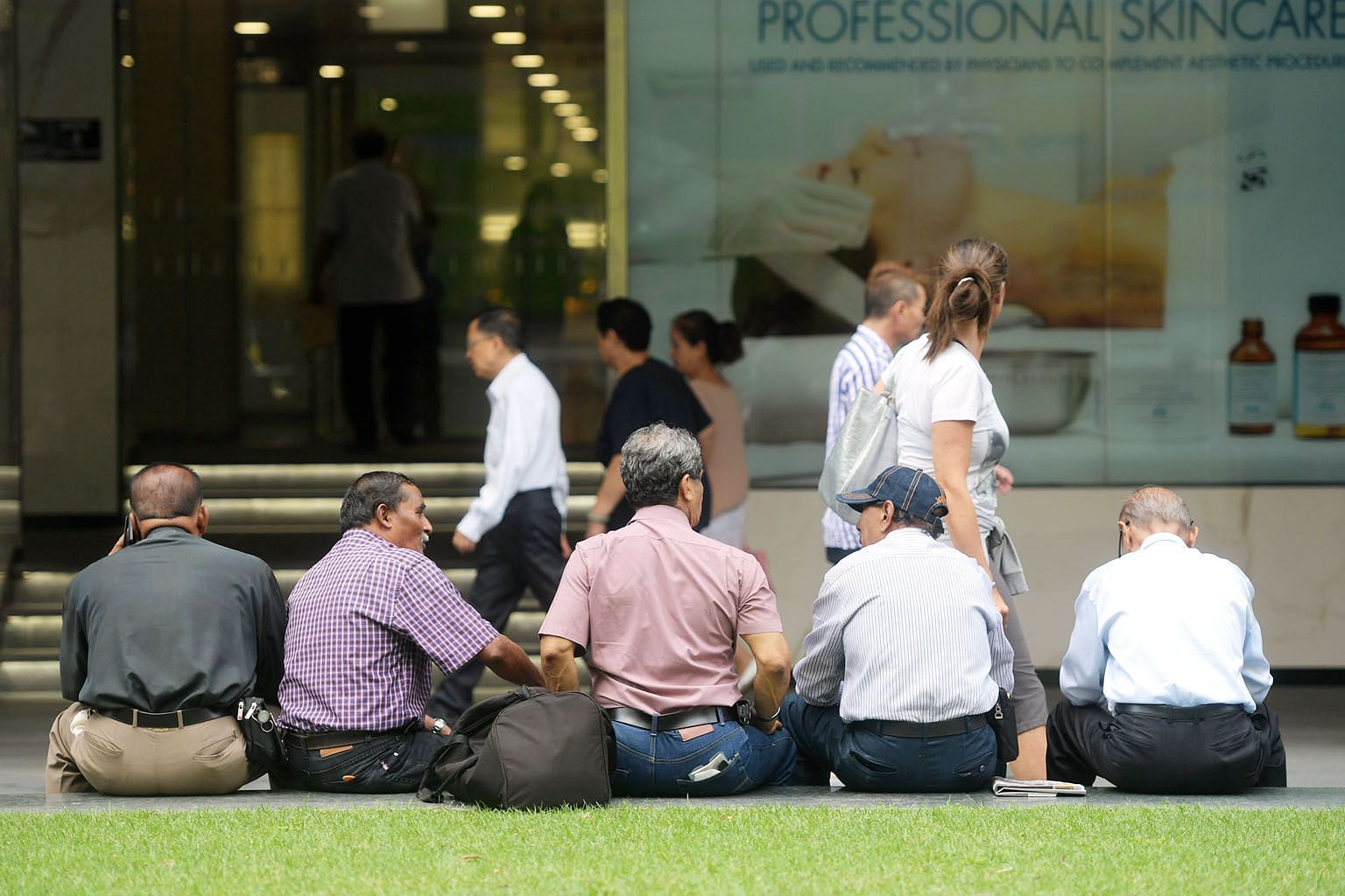 Keeping the older and more experienced workers in the workforce would not jeopardise opportunities for younger workers, given Singapore's low population growth, says the writer. Eliminating retirement age would also likely result in Singapore importing fe