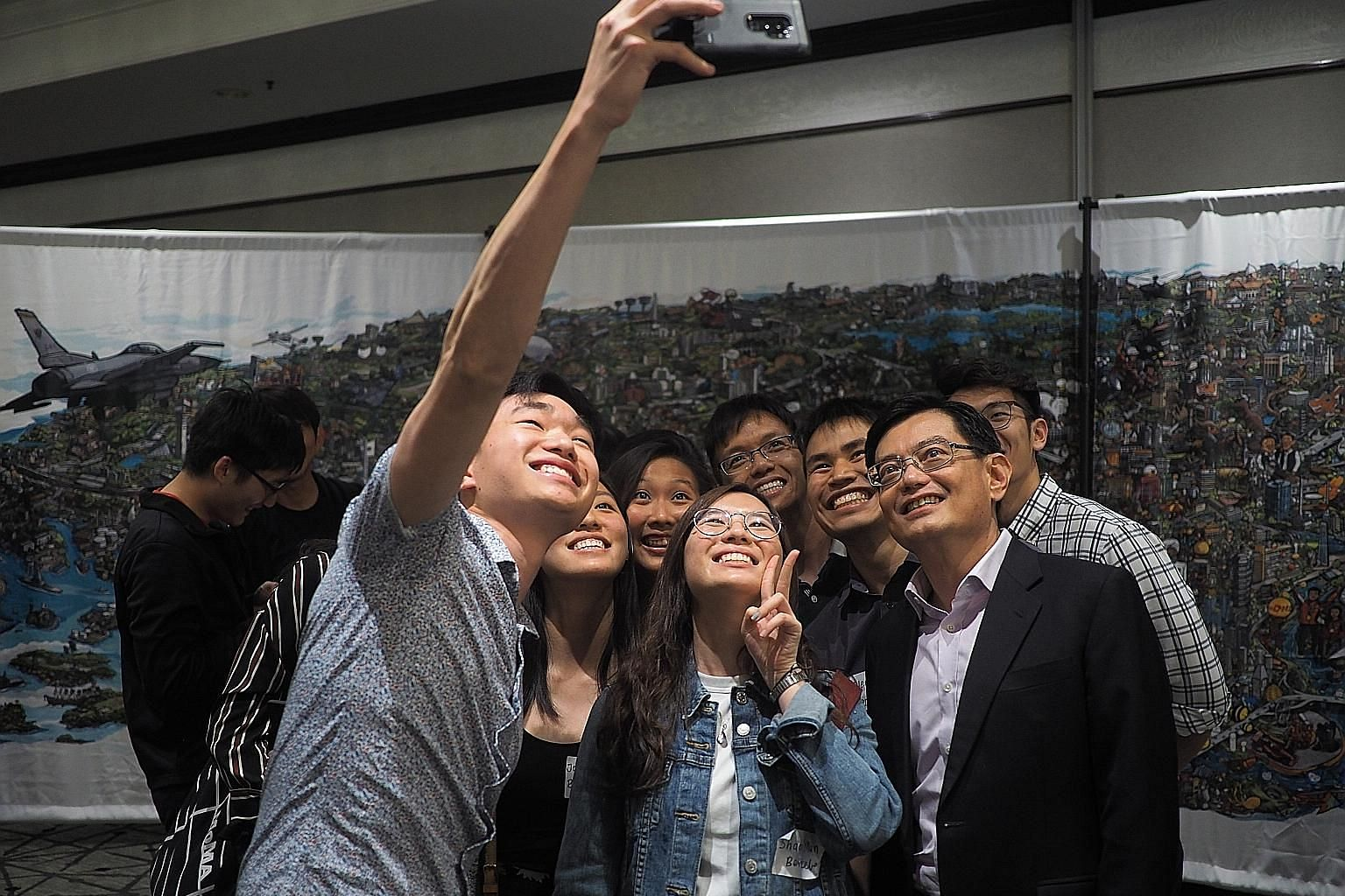 Finance Minister Heng Swee Keat at a reception with Singaporeans living in the San Francisco Bay Area, which includes Silicon Valley, on Friday. PHOTO: MINISTRY OF FINANCE