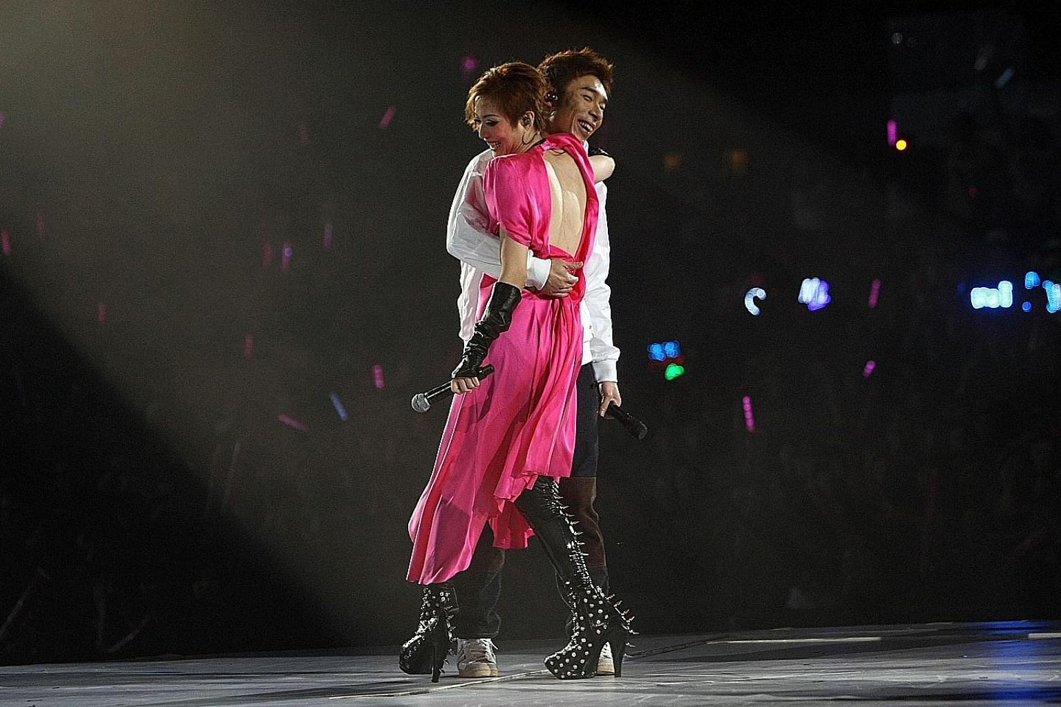 Sammi Cheng and Andy Hui (above, in a file photo) first got together in 1991 when they recorded a duet.