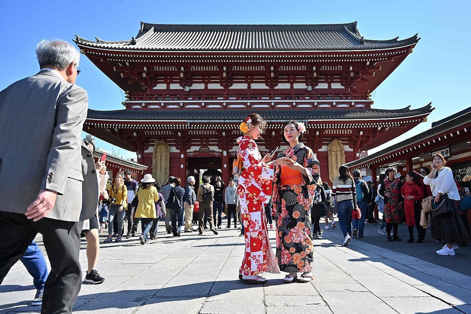 As Japan enters the Reiwa imperial era on May 1, the country needs to be economically strong and optimistic about the future, if it is to resist succumbing to fatalism about living in a China-dominated region, says the writer.
