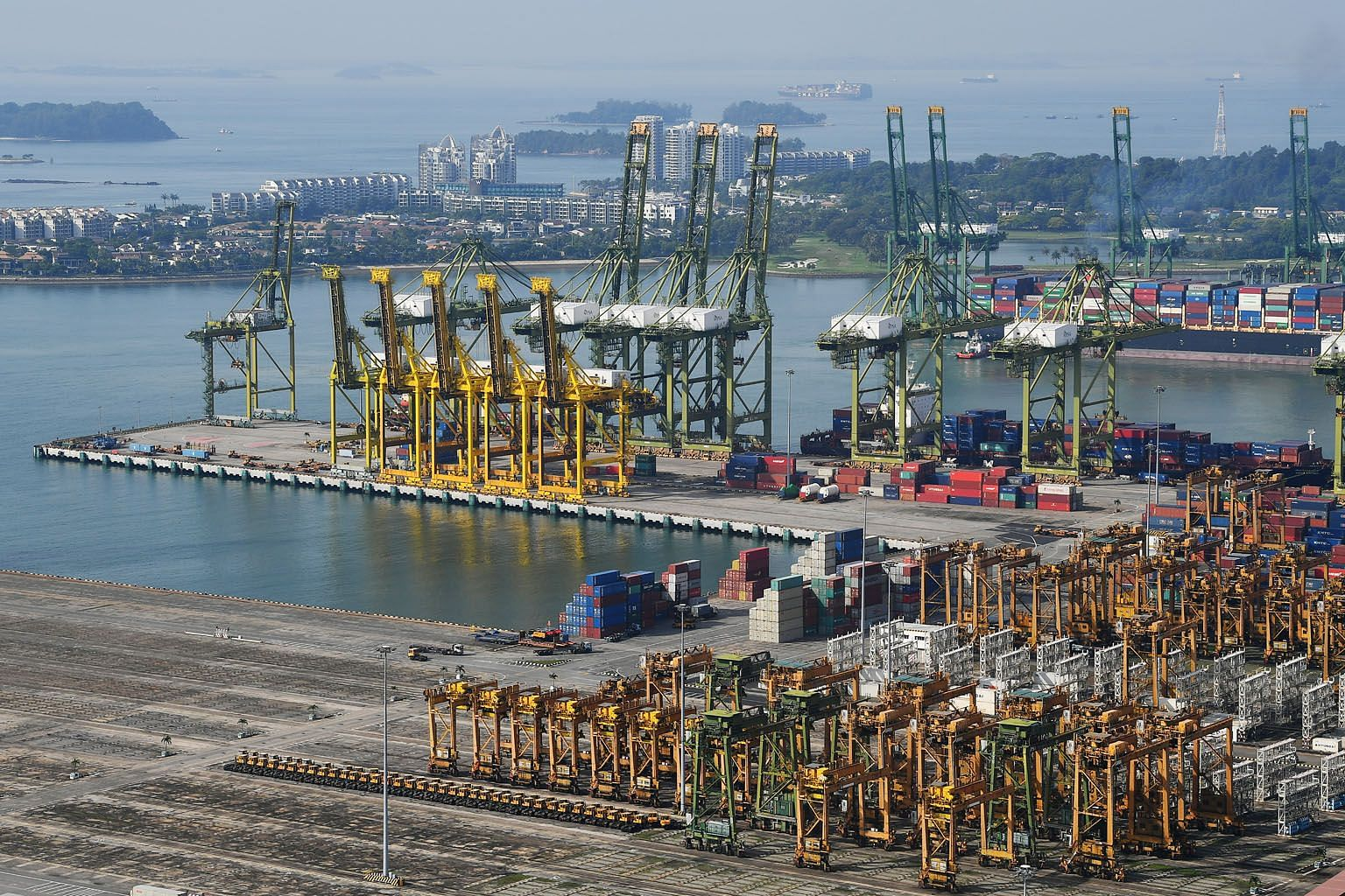 China's imports from Singapore grew for a second straight month after six consecutive months of decline, noted UOB economist Barnabas Gan, adding that if this persists, it could serve as a cushion for Singapore's manufacturing export environment. ST