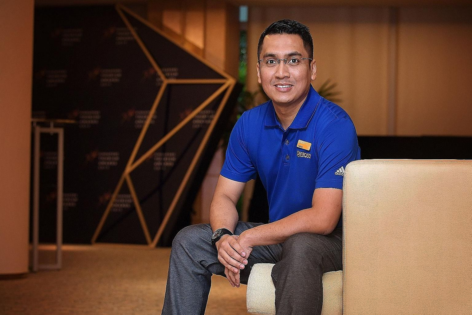Mr Mohamed Farham Mohamed Noh has been in the customer service industry for 17 years and now works at Sentosa Leisure Management as a service ambassador and transport executive. He won the Customer Service Excellence for Attractions Award at the Sing