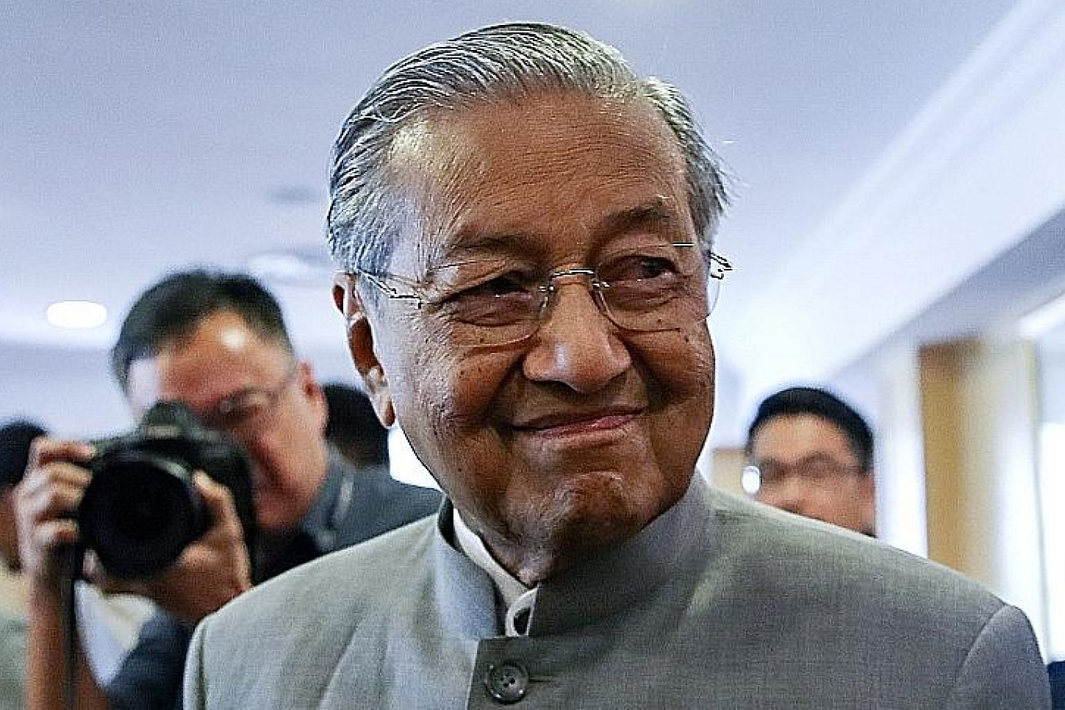 Malaysian Prime Minister Mahathir Mohamad says today's technology is not easy for old people like him.