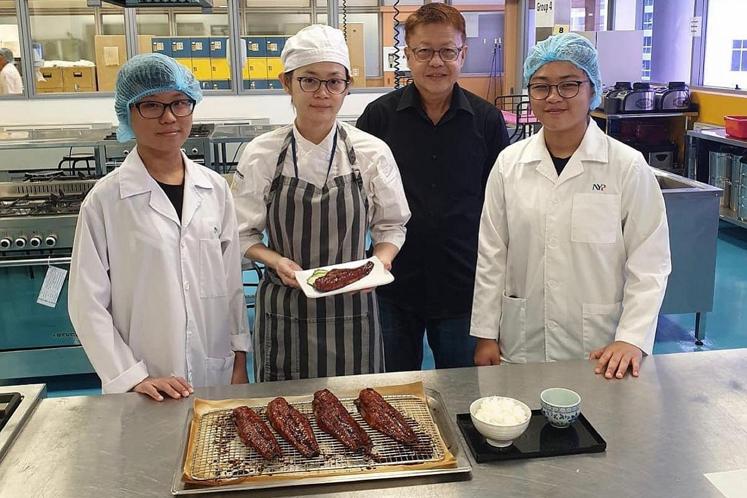 The team from Nanyang Polytechnic and Opal Resources with their version of unagi fillets, made from catfish. The catfish used for this product is a hybrid between the fast-growing African catfish and a strain of catfish that is tastier and often used