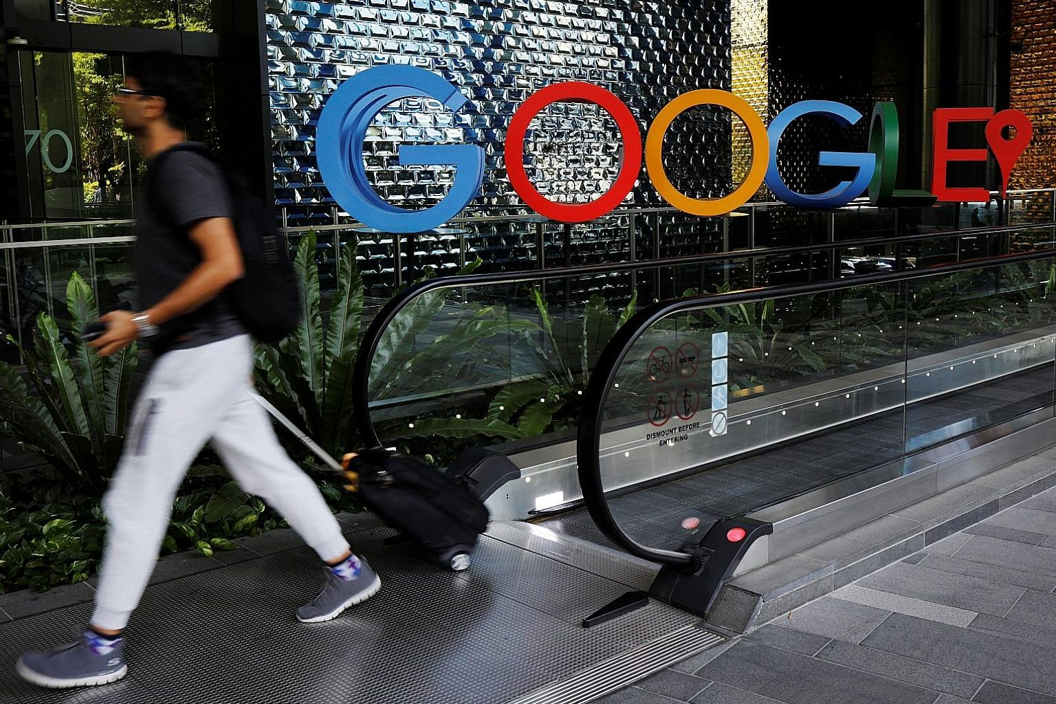 Google's Singapore office has more than 1,000 employees, up from 24 in 2007. The EDB says that 80 of the world's top 100 tech firms now have operations here. PHOTO: REUTERS