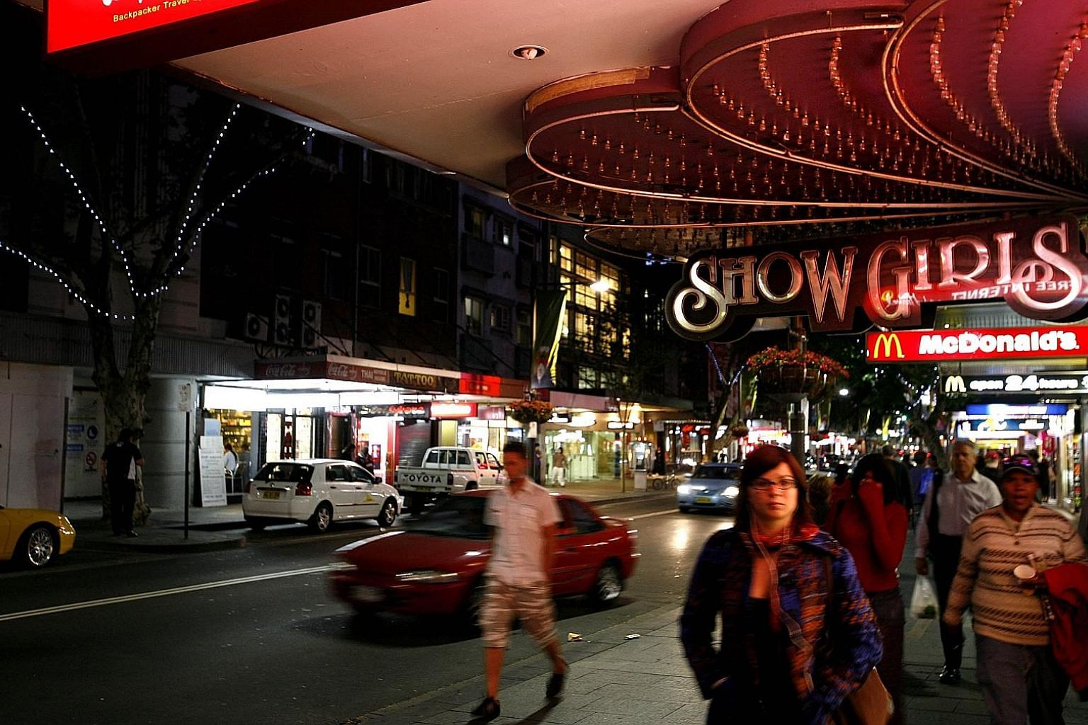 The main entertainment strip of Darlinghurst Road in Kings Cross. A review of alcohol laws in New South Wales is strongly backed by business groups and restaurants. Sydney's night-time economy employs about 36,000 people. PHOTO: BLOOMBERG