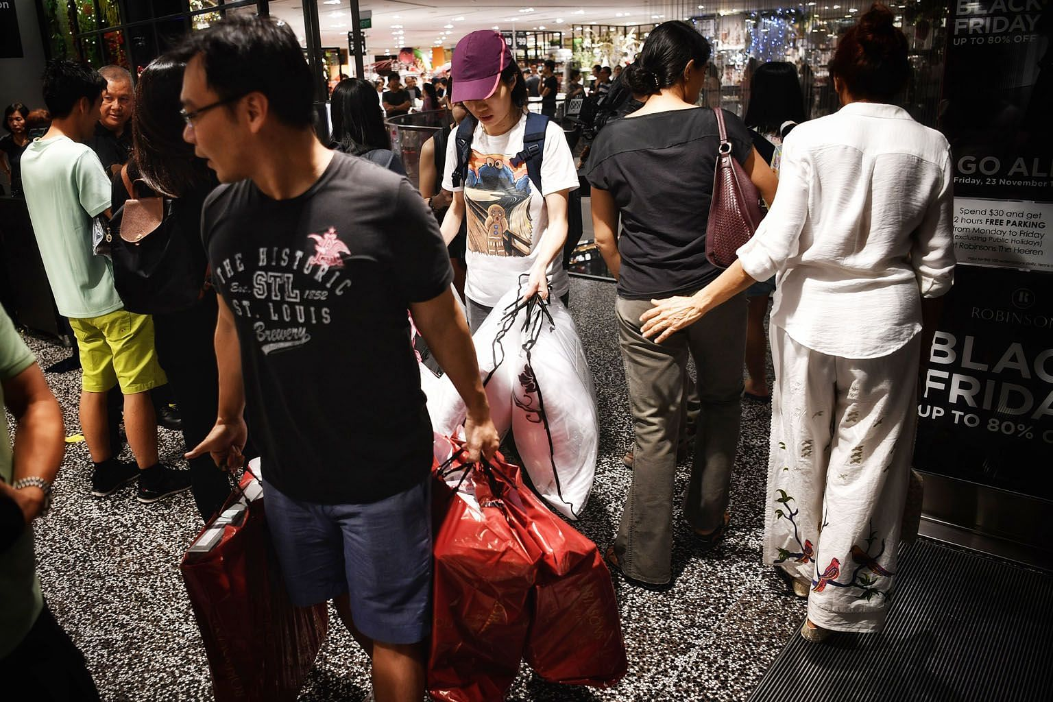 Sales by department stores retreated 3.1 per cent. But sellers of wearing apparel and footwear saw takings rise 3.4 per cent compared with the same period last year.