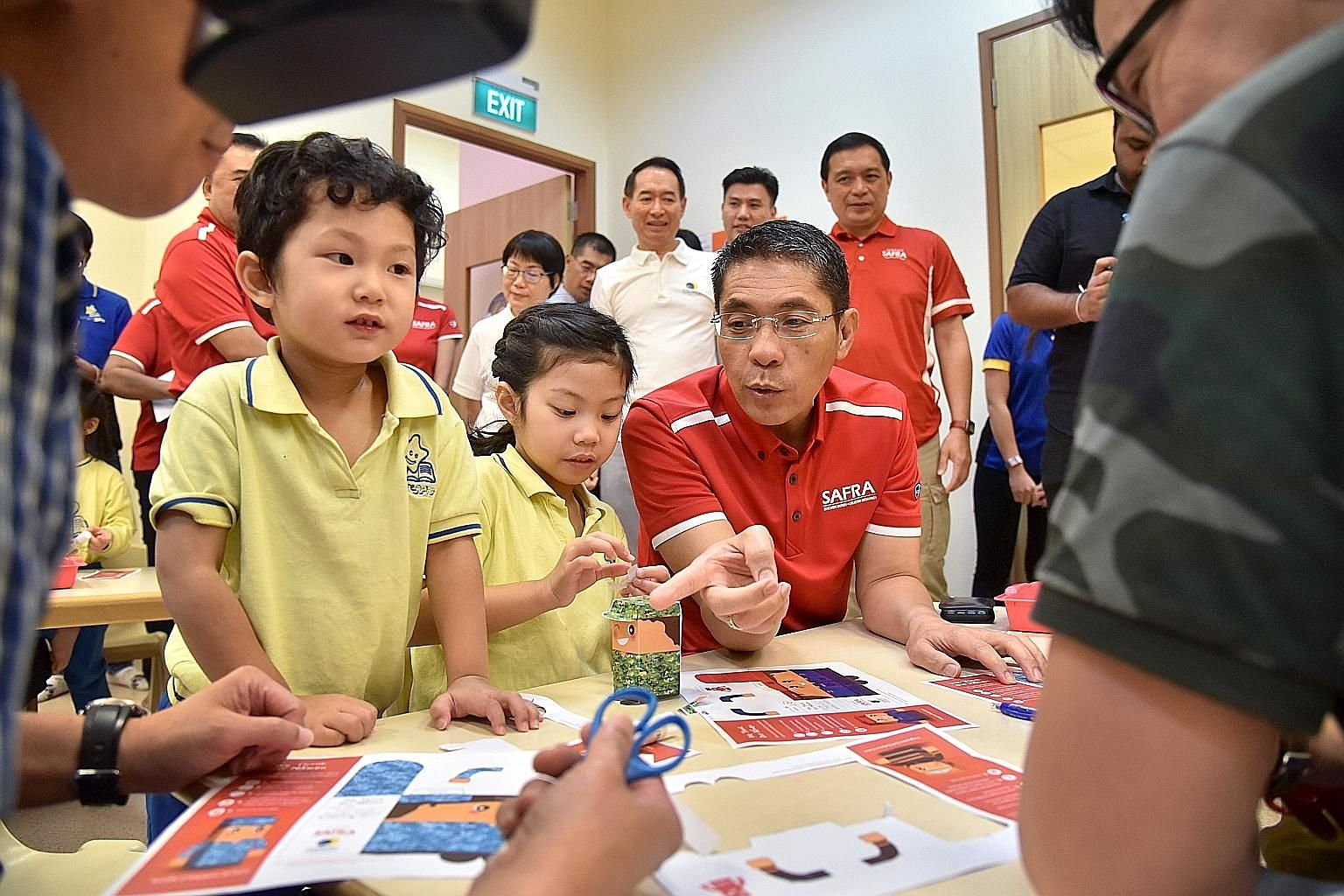 Senior Minister of State for Defence and Safra president Maliki Osman joining children at the Safra Toa Payoh NurtureStars Pre-school for an art-jamming session yesterday. Ahead of SAF Day on July 1, more than 70,000 children from some 500 pre-school