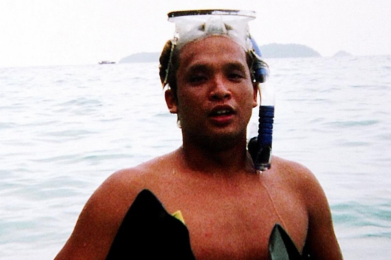 Commercial diver Mohammed Borhan Jamal was swept away by strong currents while carrying out underwater repairs to an oil tanker, the Oliva, in the waters around the Eastern Petroleum A Anchorage, near Bedok, in September 2008. His body was washed ash