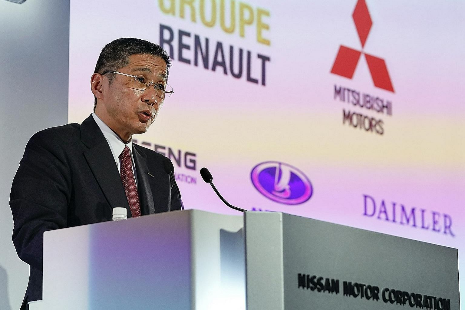 Nissan chief executive Hiroto Saikawa said he wanted to preserve the spirit of equality in the alliance with Renault. PHOTO: EPA-EFE