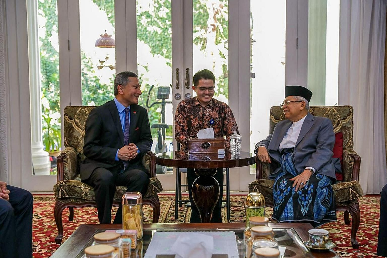 Foreign Minister Vivian Balakrishnan meeting Indonesia's Vice-President-Elect Ma'ruf Amin yesterday.