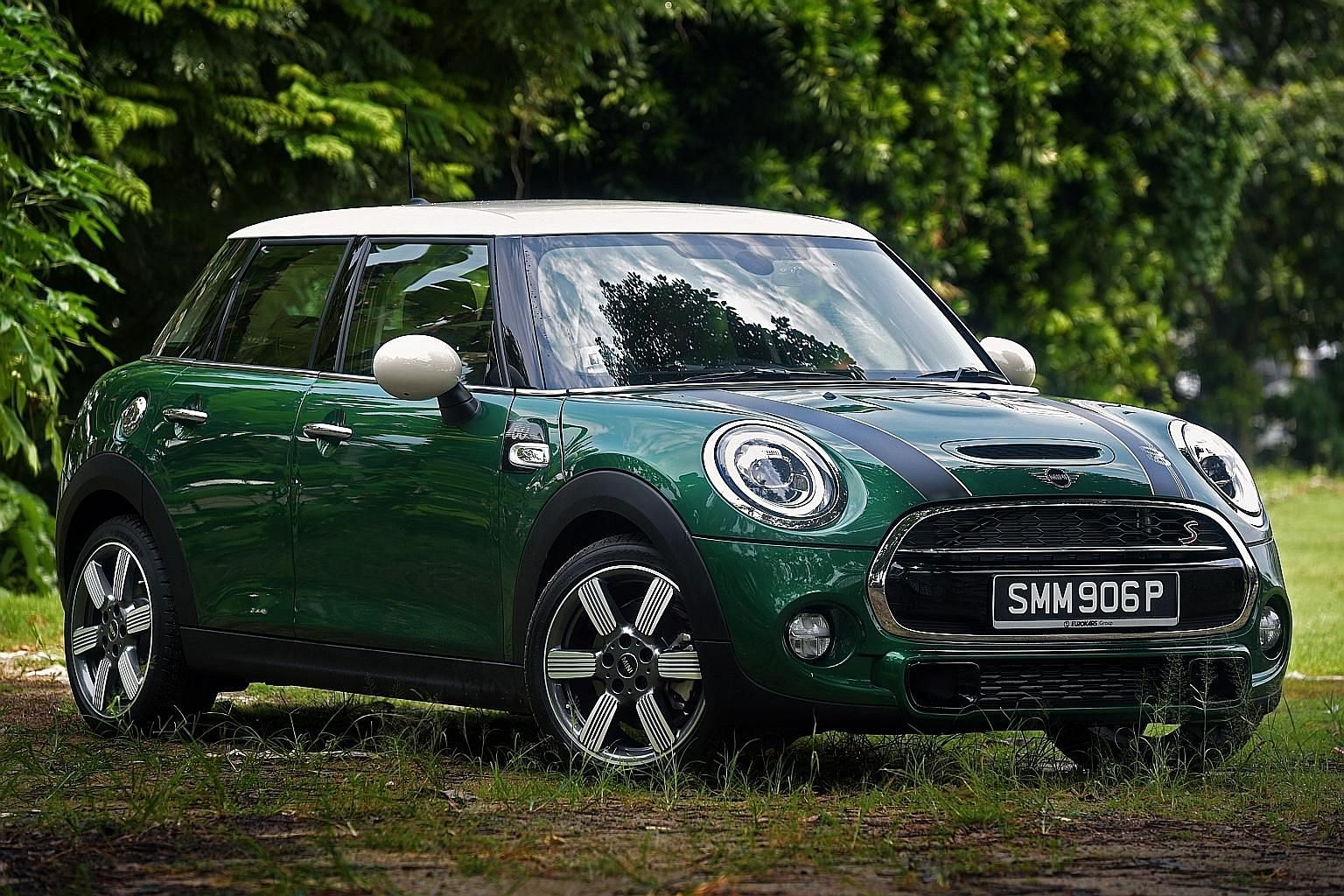 The steering wheel of Mini's 60 Years Edition Cooper S is grippy, helping the car to respond quickly and smoothly to inputs, conveying calmness even at a frantic pace.