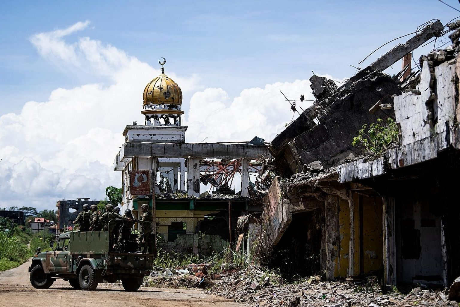More than two years after the siege of Marawi by Muslim extremists, the heart of the city still lies in complete ruin. Grievance, resentment and despair are building up, and community leaders in refugee camps wonder if they can ever return to and reb
