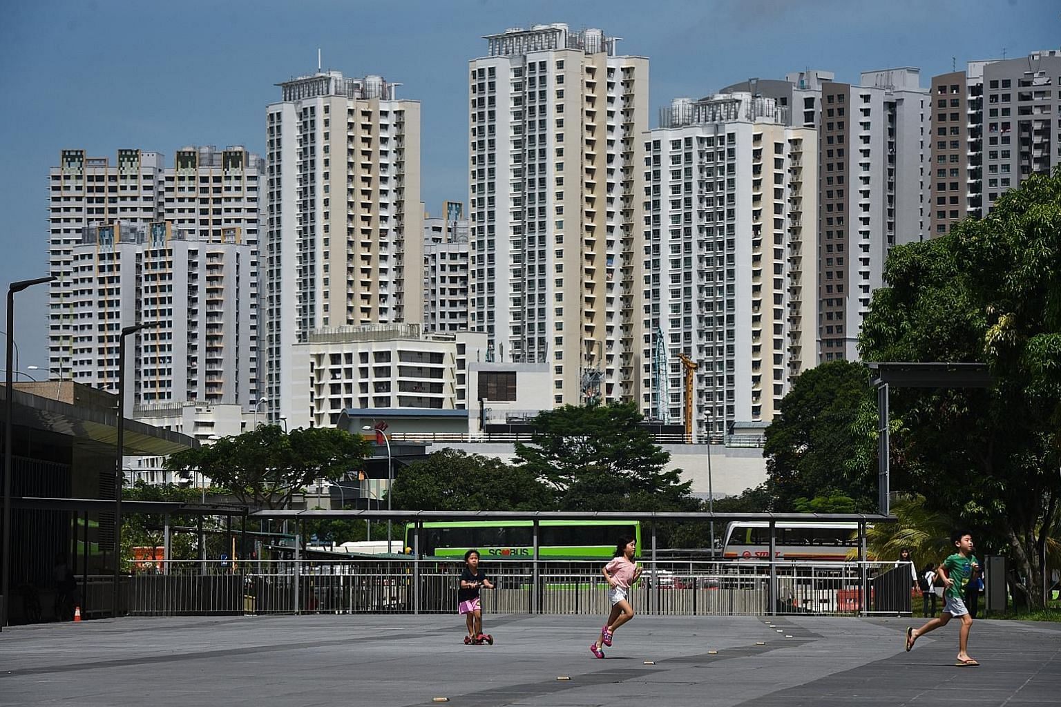 There were 6,276 HDB resale transactions in the second quarter, up 29.8 per cent from the 4,835 in the first quarter. The figure was also 5.6 per cent higher than the resale transactions in the second quarter of last year.