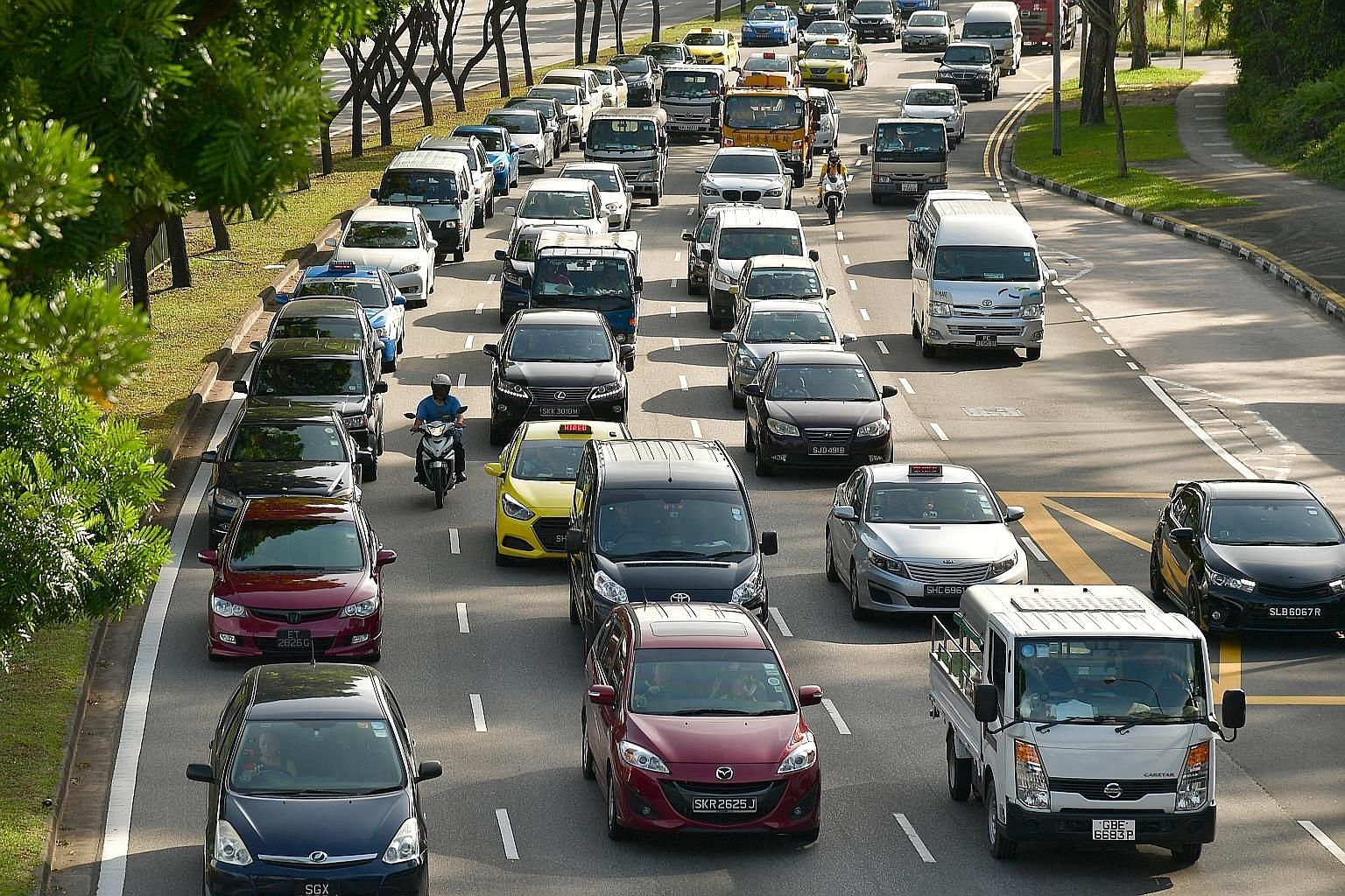 Car COE revalidations - which allow motorists to keep their wheels beyond 10 years by paying a prevailing quota premium - were more than halved in May to 3,282. In June, the number again contracted by more than half to 1,141. This is the first signif
