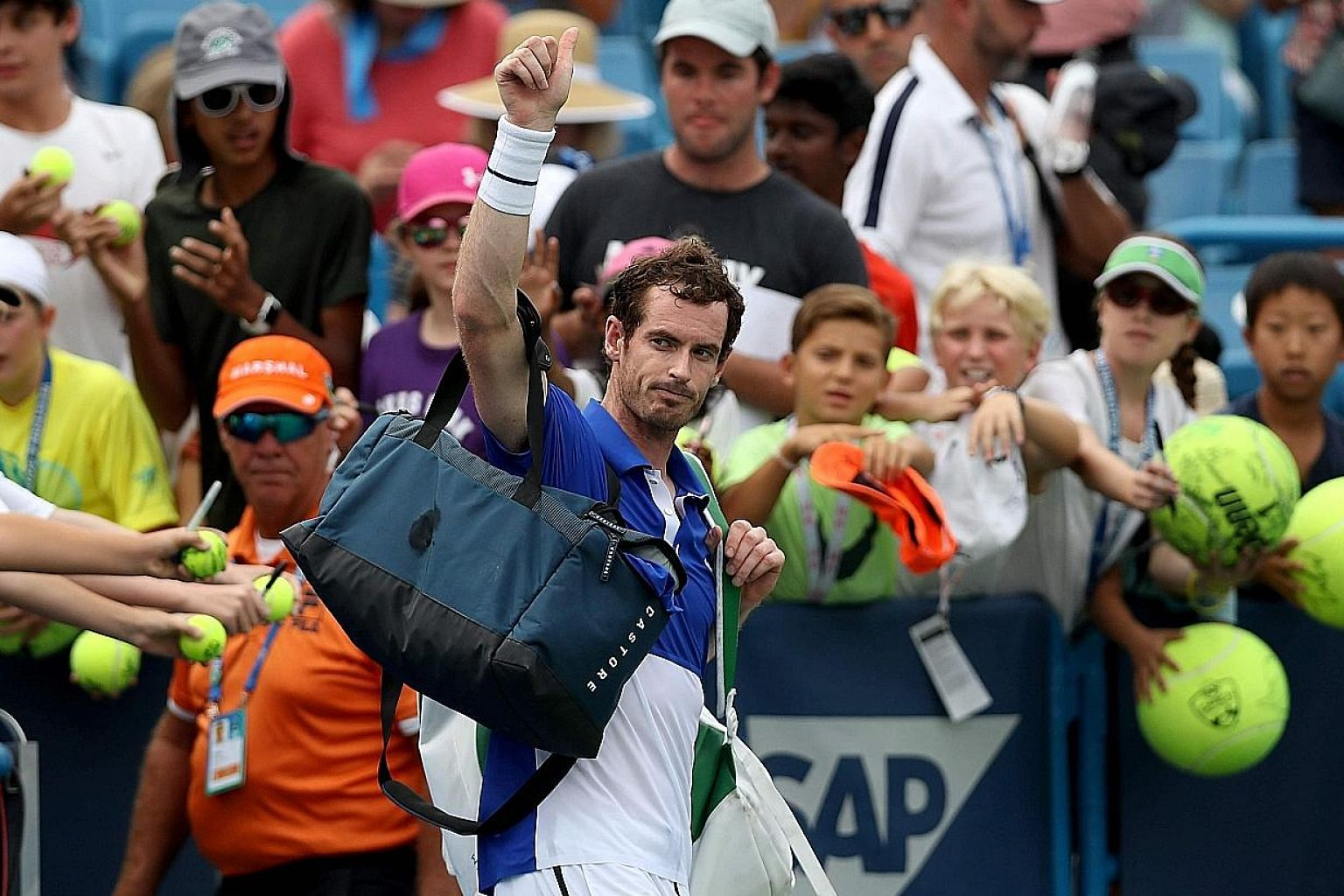 Andy Murray has ruled himself out of the US Open singles after a first-round loss to Richard Gasquet in Cincinnati.