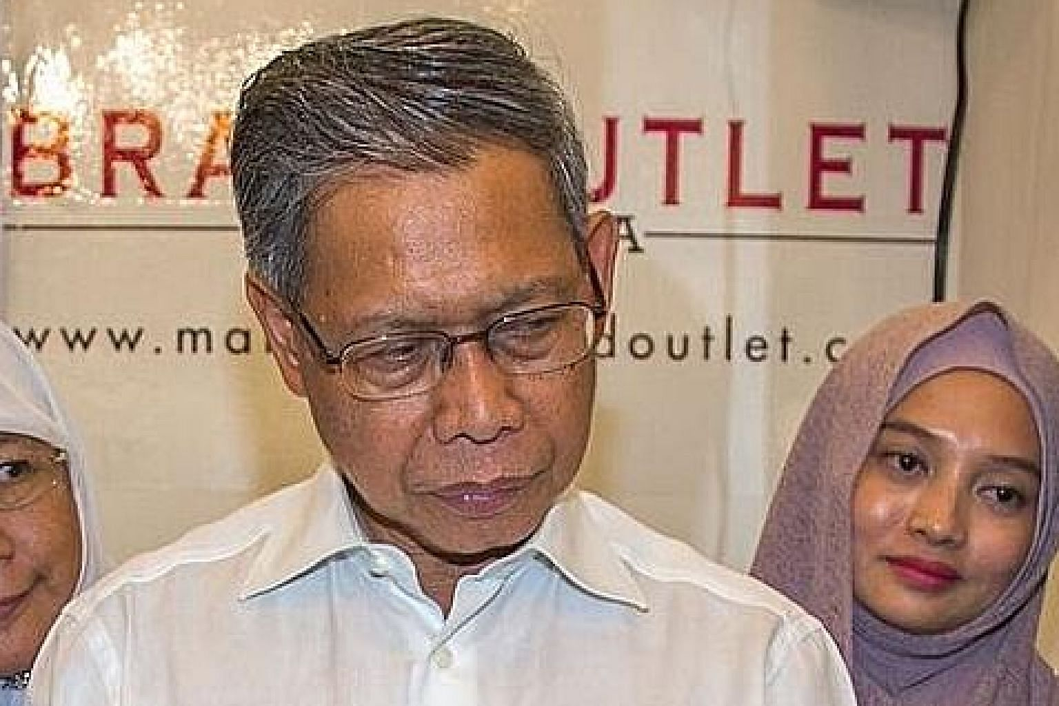 There is talk that former ministers Mustapa Mohamad (top) and Hamzah Zainuddin could be back in the Malaysian Cabinet.