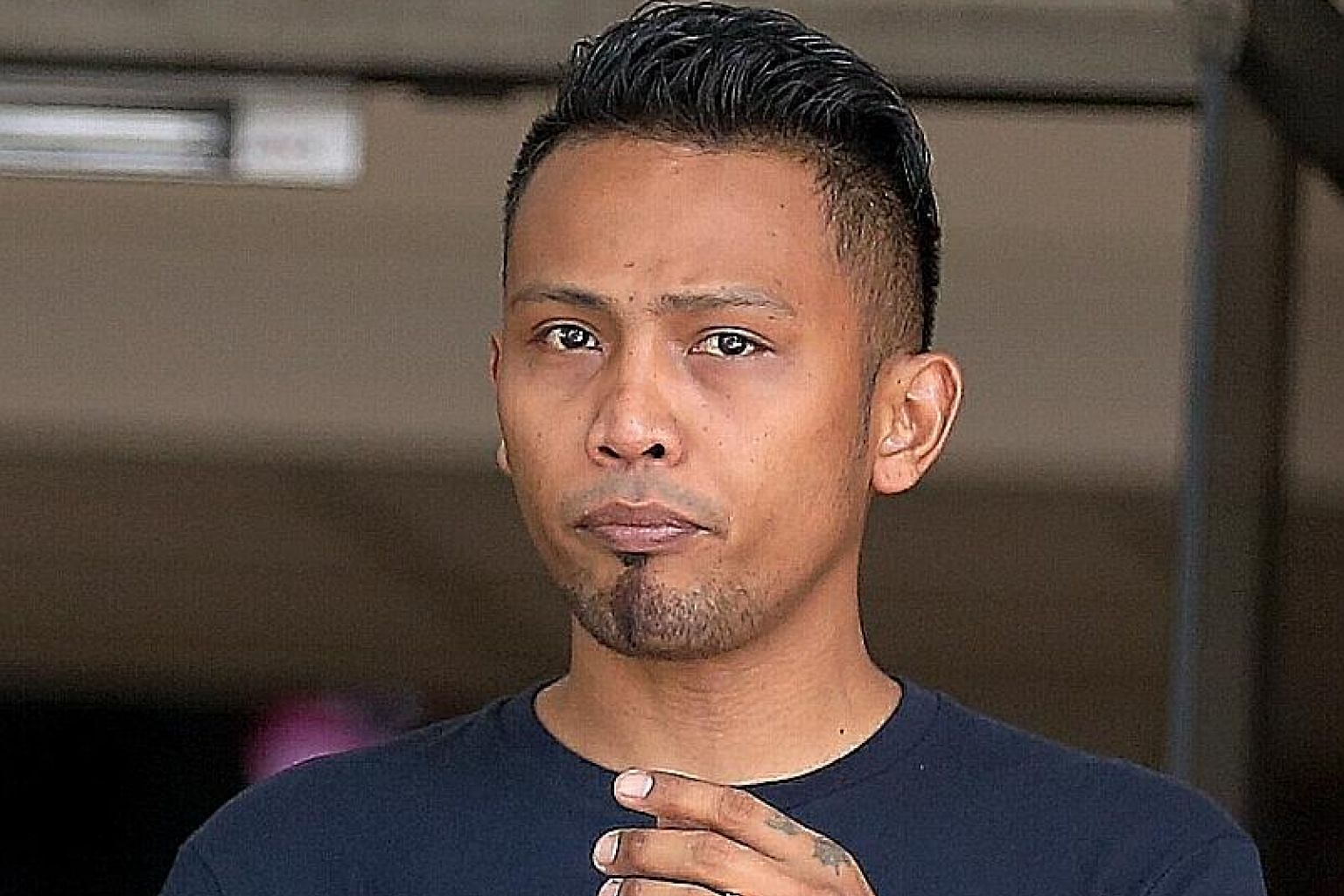 Mohammad Zulkifee Nasir headbutted an Aetos auxiliary policeman when the officer told him to rejoin the queue after he made an illegal U-turn at Woodlands Checkpoint in order to beat the traffic.
