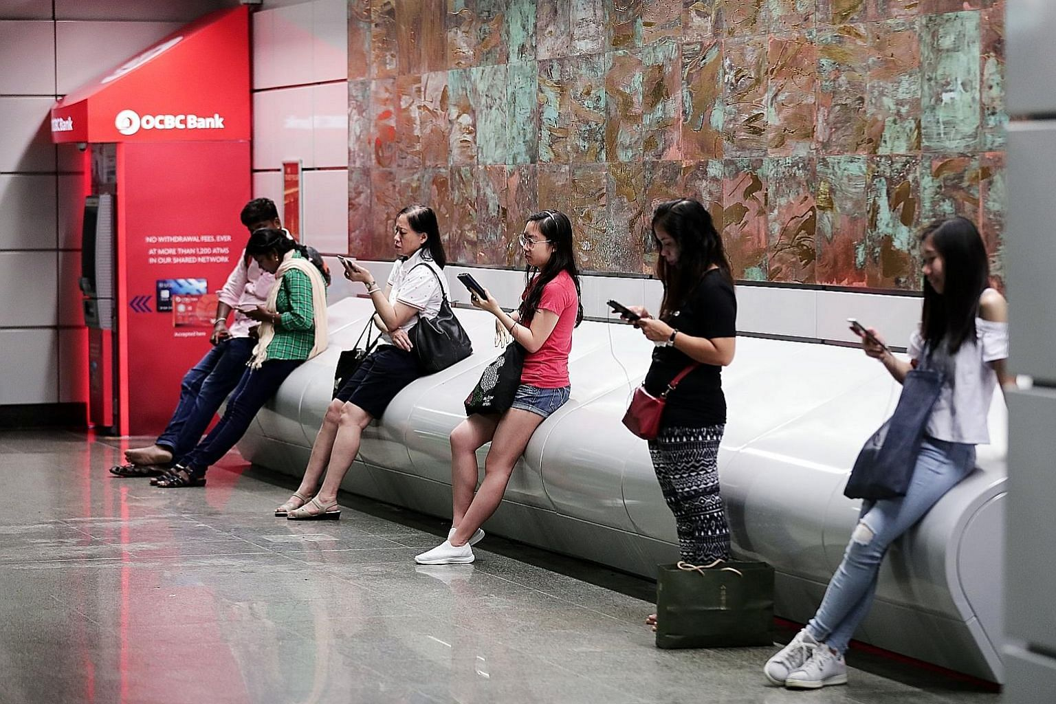 One of the reasons why Singapore telcos are more likely to capture maximum value from 5G compared with their regional peers is that consumers here are tech-savvy and willing to pay more for enhanced experiences, says A.T. Kearney partner Nikolai Dobb
