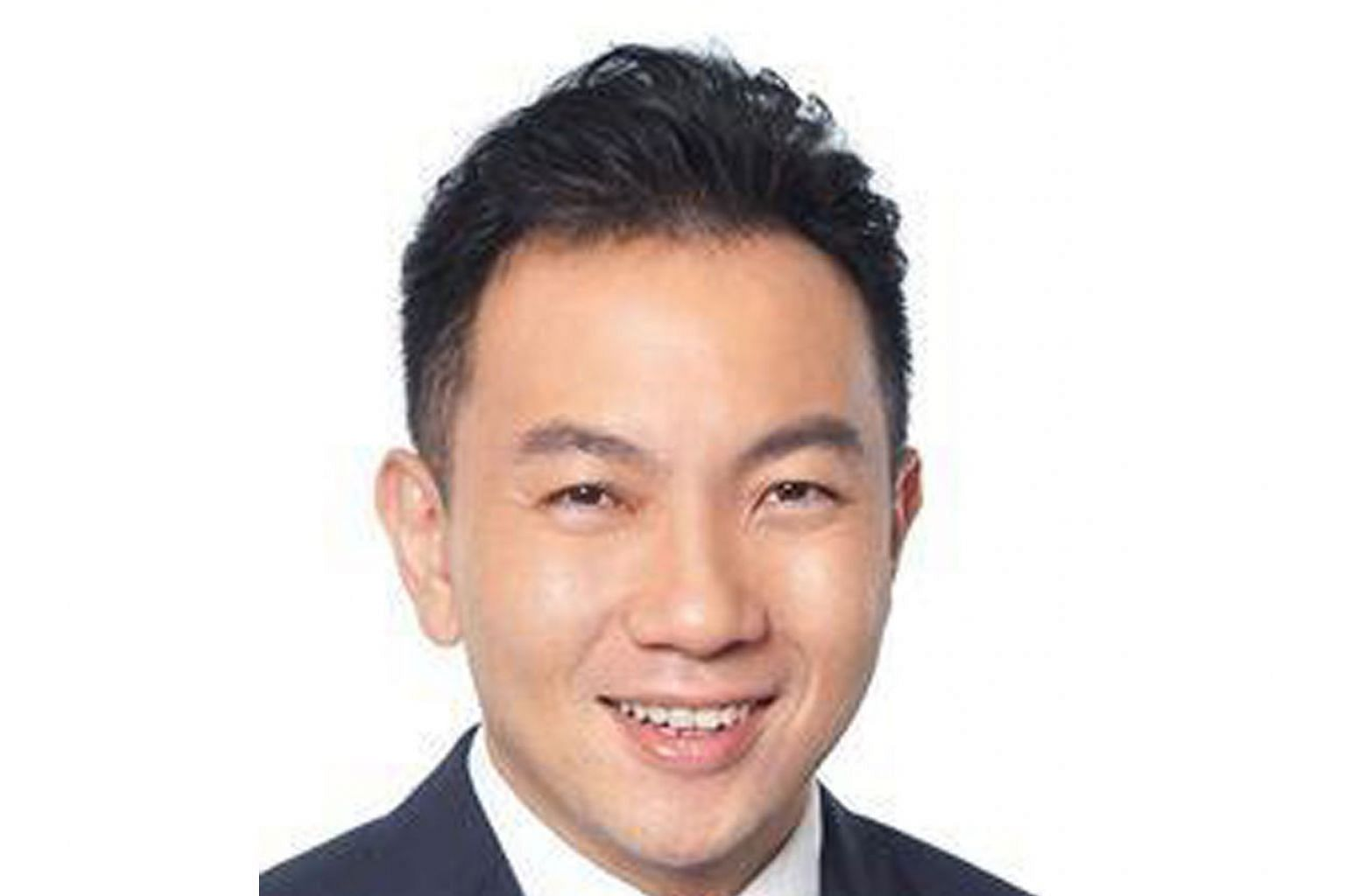 """The coroner said Dr Sean Ng Yung Chuan's (above) treatment of his patient """"goes beyond mere human error"""". The doctor was found to have failed to make detailed notes or hand his patient over to another specialist when he planned to travel after operat"""