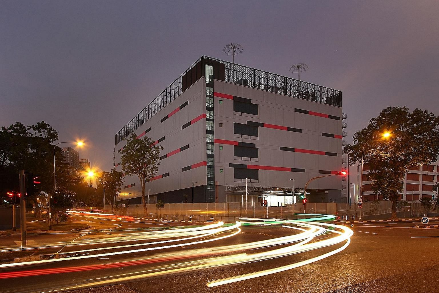 Keppel DC Reit is using part of the funds raised to buy 1-Net North Data Centre, a five-storey purpose-built facility located at 18 Riverside Road.