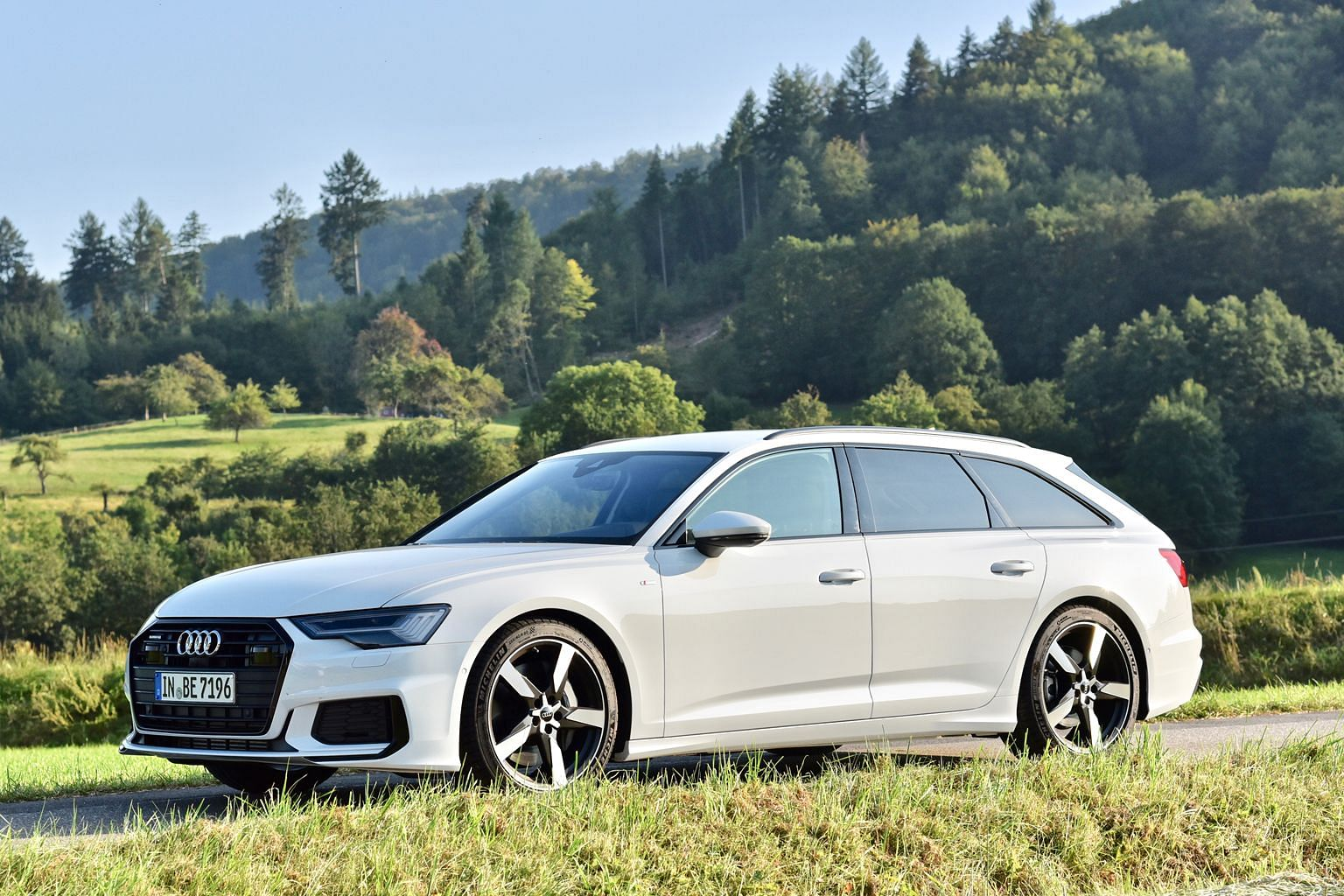 The Audi A6 Avant features three digitised screens in its cockpit and comes with new tech gizmos, including driving aids such as crossThe Audi A6 Avant is powered by a turbocharged 3-litre with a mild hybrid electrical system, producing 340hp and 500Nm.-t
