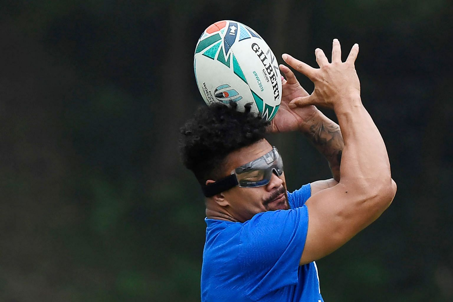 New Zealand flanker Ardie Savea training during a captain's run on the eve of their Pool B match against Canada yesterday. He will sport goggles to protect his sight. PHOTO: AGENCE FRANCE-PRESSE