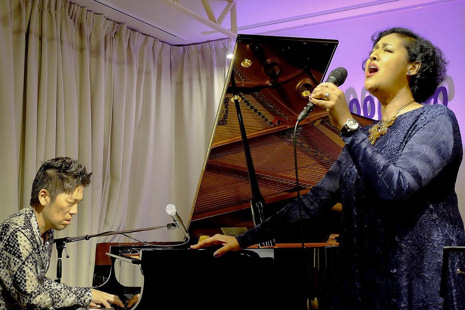 Singapore jazz singer Rani Singam had instant chemistry with Japanese jazz pianist Akira Ishii.