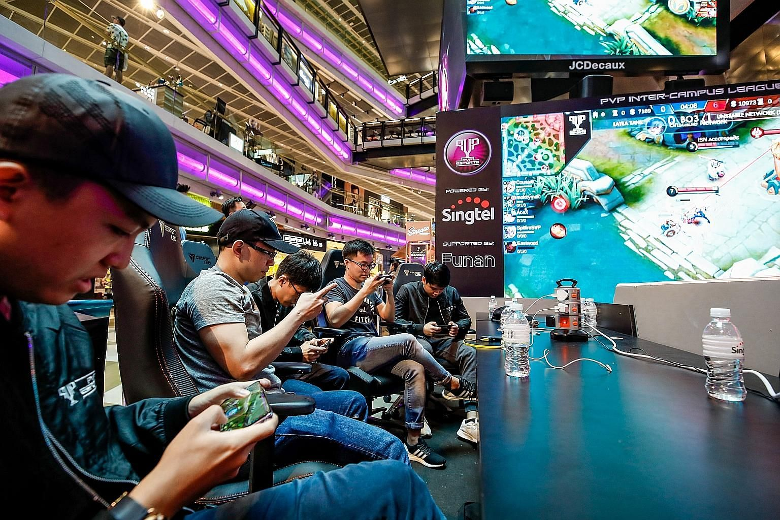 Mobile phones and other gadgets on the market tend to overheat and shut down after running on a 5G network for a short time, as they cannot supply the large amount of power needed for 5G, but the Singapore-MIT Alliance for Research and Technology has