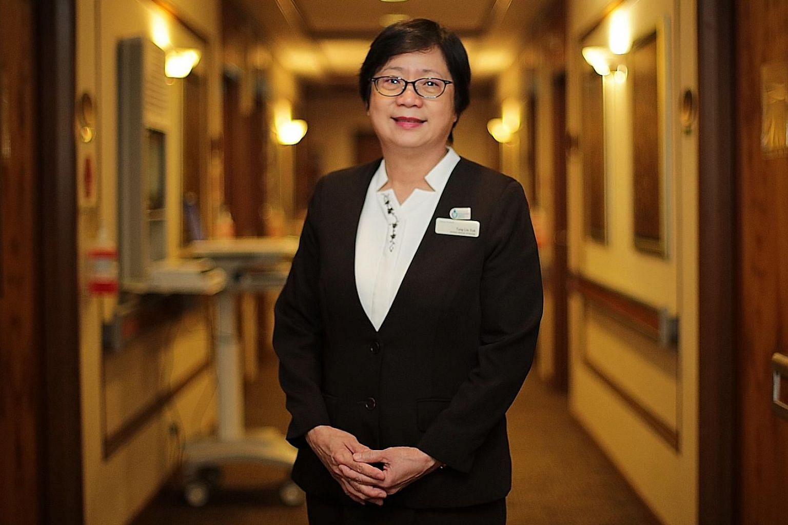 Ms Tang Lin Yok was one of the pioneers in the Singapore Fire Brigade Ambulance Service - a dedicated ambulance service for government hospitals. In 1988, she joined Mount Elizabeth Hospital, and since 2010 she has been managing the various wards in