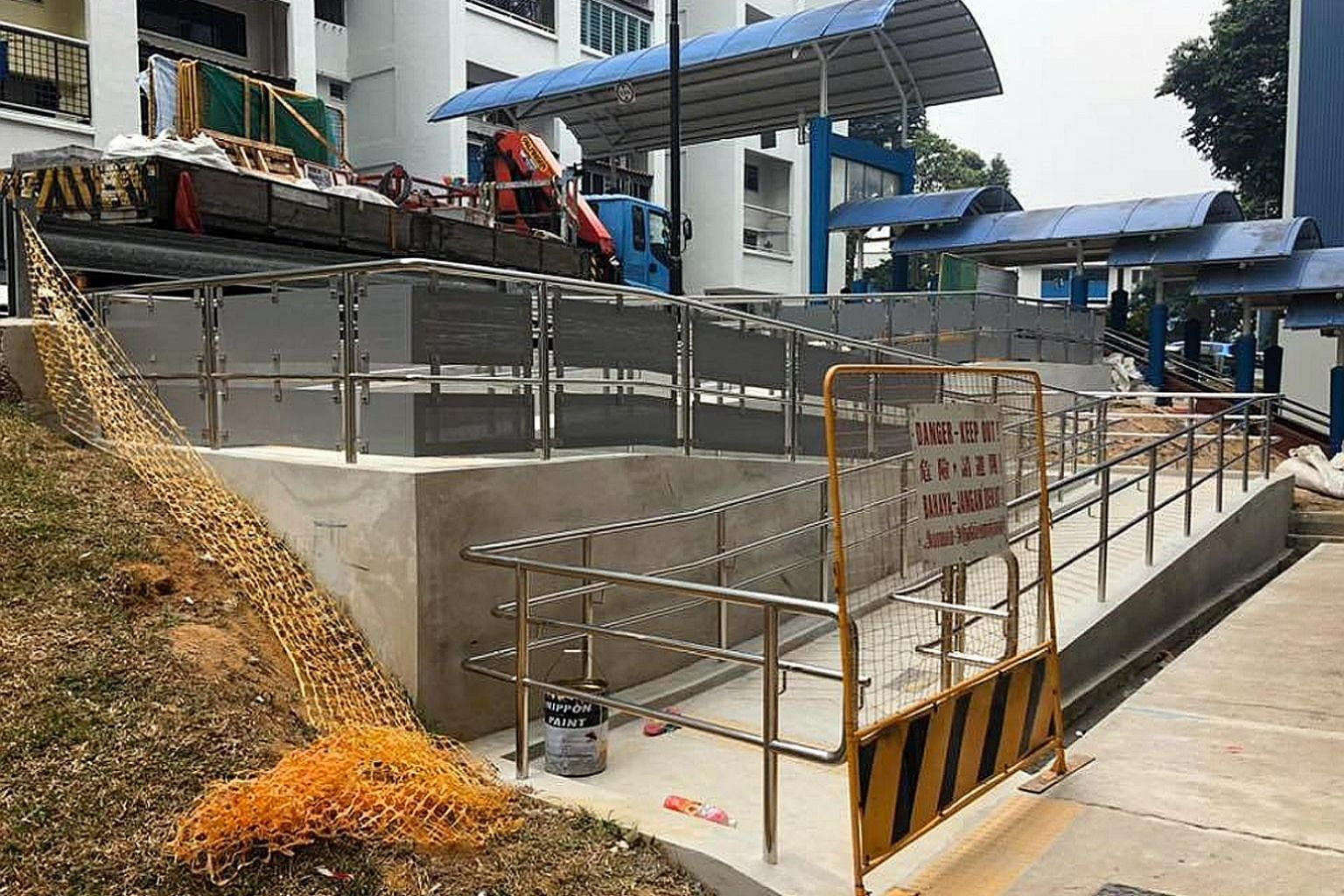 A barrier-free access ramp that took seven years to complete has sparked a dispute between Workers' Party chief Pritam Singh and People's Association grassroots adviser Chua Eng Leong.
