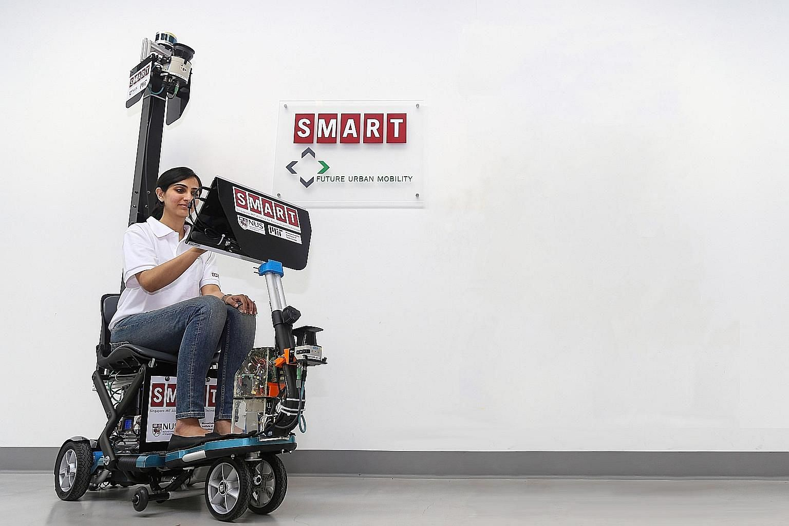 The autonomous scooter weighs about 50kg, runs on battery power and has a maximum speed of about 15kmh. It now costs about $18,000 to build one such scooter.
