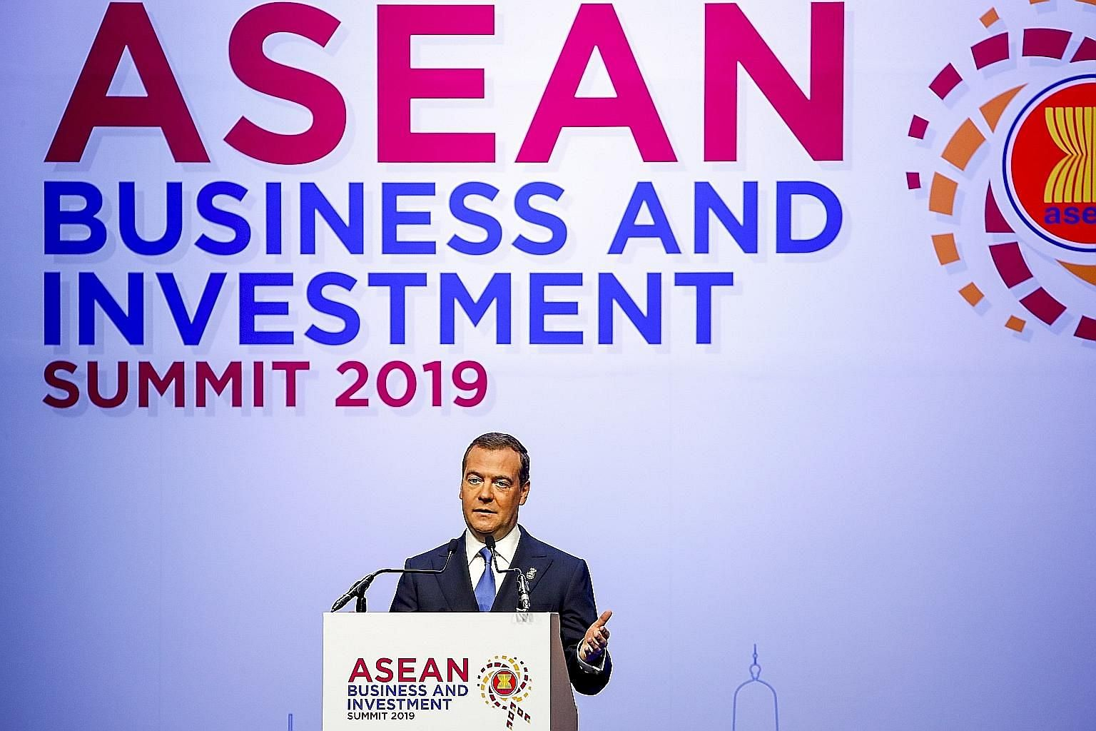 Russian Prime Minister Dmitry Medvedev said the Eurasian Economic Union is in talks with partners in Asean about possible free trade deals. PHOTO: EPA-EFE Above: US Commerce Secretary Wilbur Ross and Thai Prime Minister Prayut Chan-o-cha at a bilater