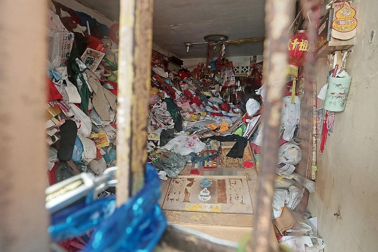 In September, a hoarder was found dead in a Bedok North flat amid piles of rubbish. Neighbours interviewed said the man lived alone, after his wife and two children, fed up with his hoarding habits, moved out many years ago.