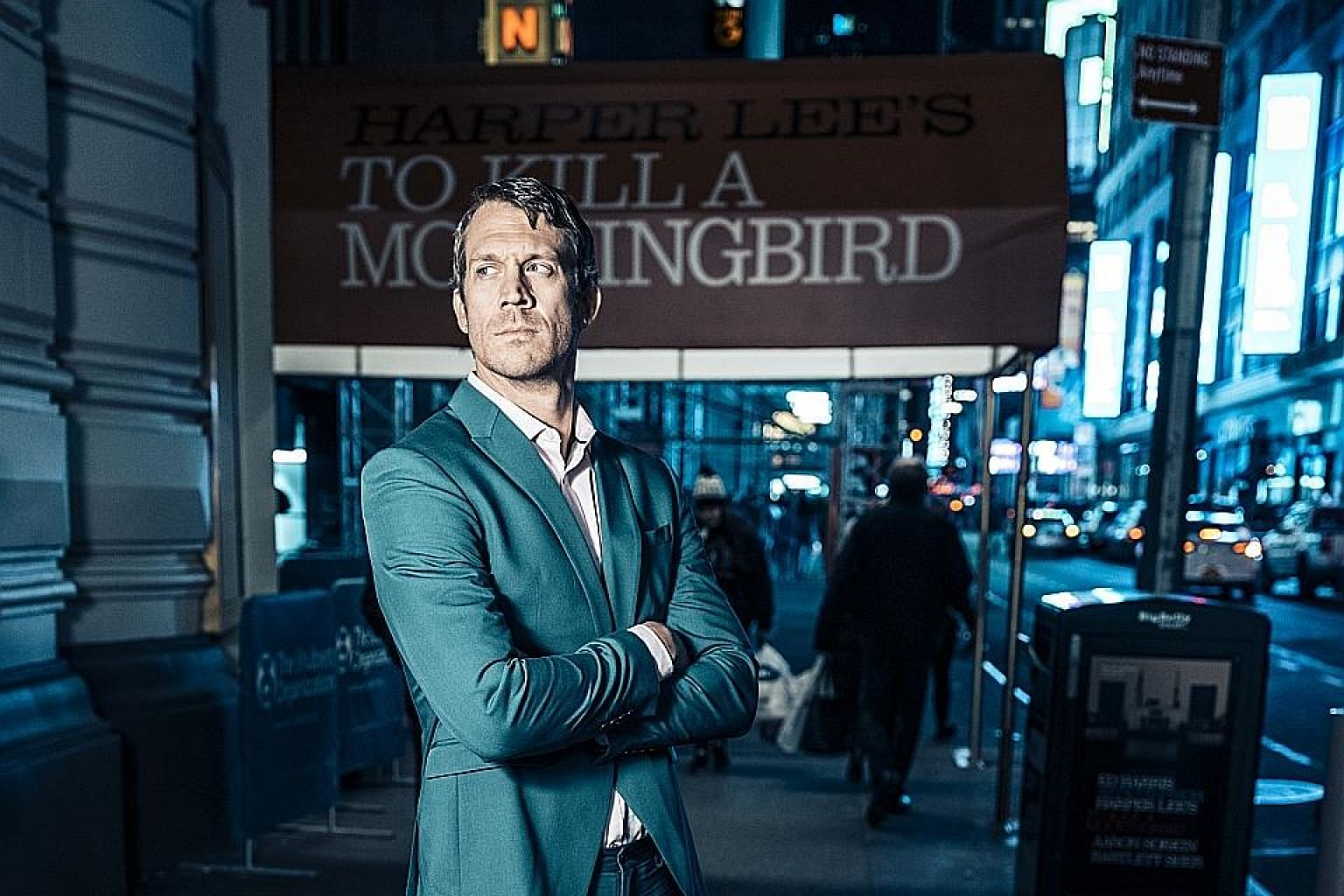 In Broadway's To Kill A Mockingbird, Russell Harvard assumes two supporting parts: a mysterious and rarely seen Boo Radley and the inscrutable local Link Deas, dismissed as a drunk.