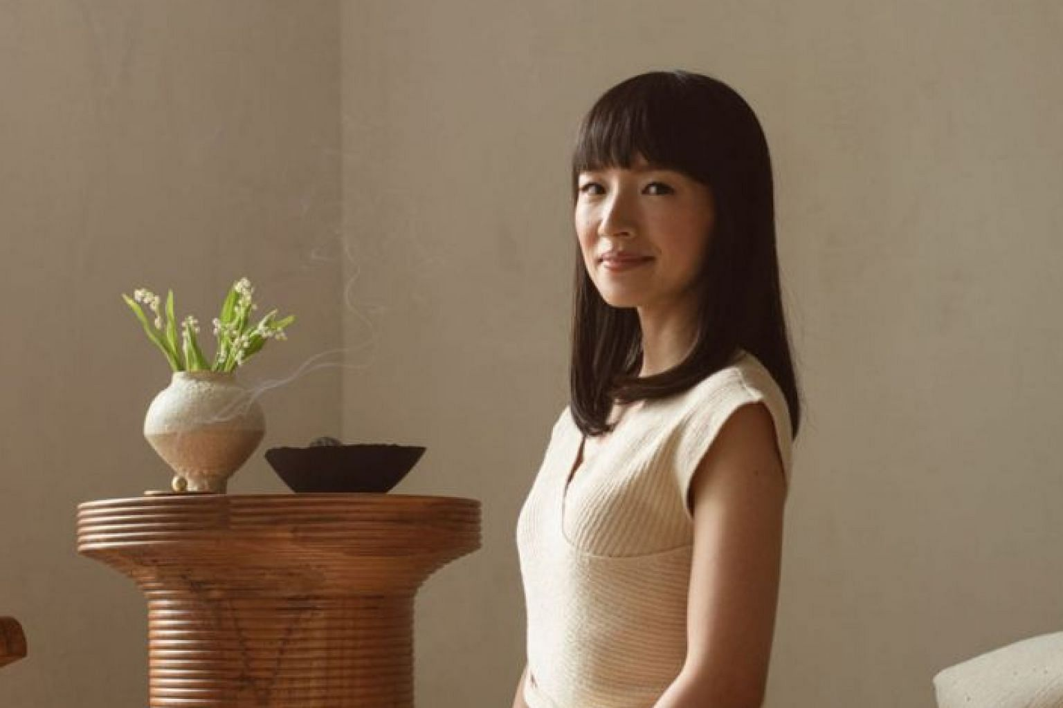 To much of the outside world, Japan's minimalist martinet Marie Kondo's tidiness schtick has seemed like an extension of the culture that produced her, but the truth is that Japanese homes and offices are often jammed with clutter, says the writer.
