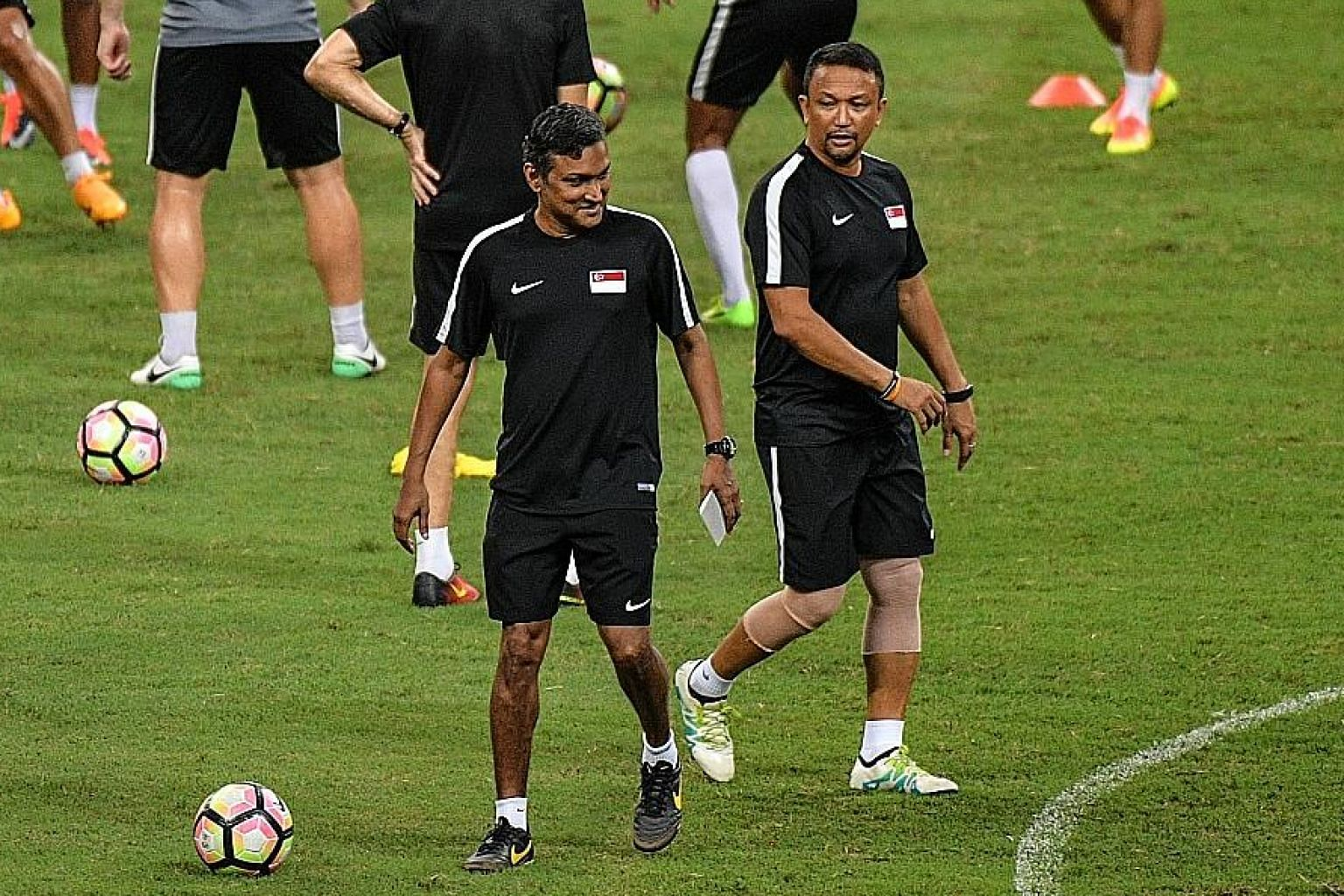 V. Sundram Moorthy and Fandi Ahmad leading the Lions in training in June 2017 before the marquee friendly against Argentina.
