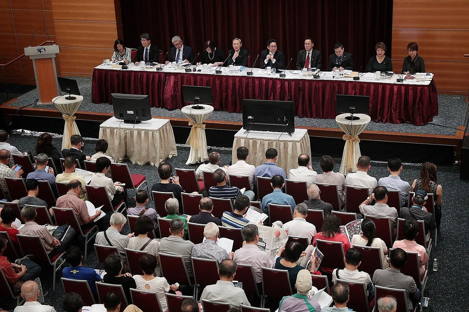 The Singapore Press Holdings' annual general meeting, which lasted over two hours and was attended by some 400 shareholders, saw the company's media business taking the spotlight as investors asked if slides in print advertisement and circulation rev