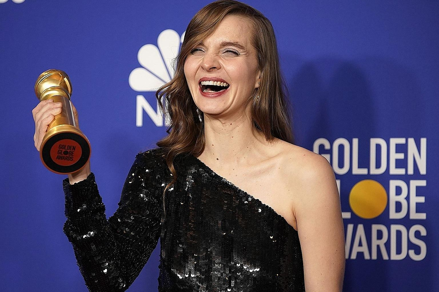 With her win for Best Original Score - Motion Picture for Joker, Hildur Gudnadottir became the first woman to win a Golden Globe as a solo composer.