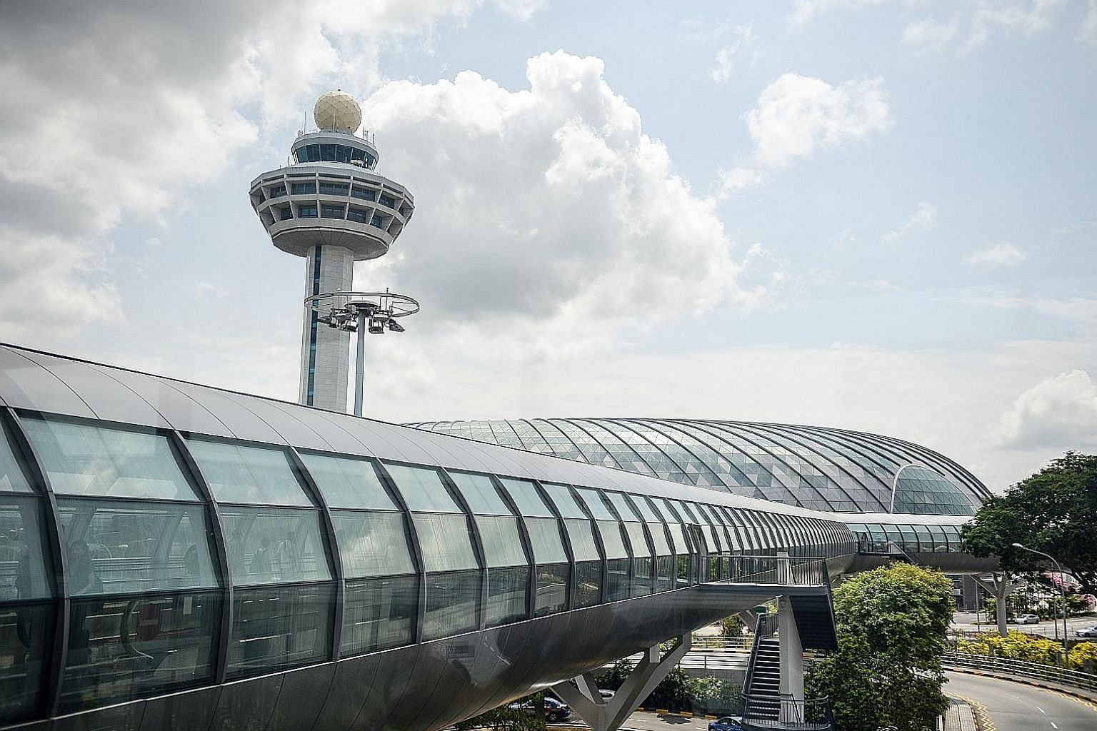 There was no fire in the control tower and investigations into why the fire alarm was activated are still ongoing, said an aviation authority official.
