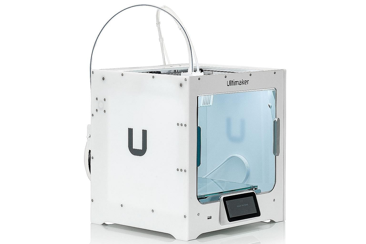 Ultimaker's S3 3D printer allows users to make objects in two colours of the same material in a single print job.