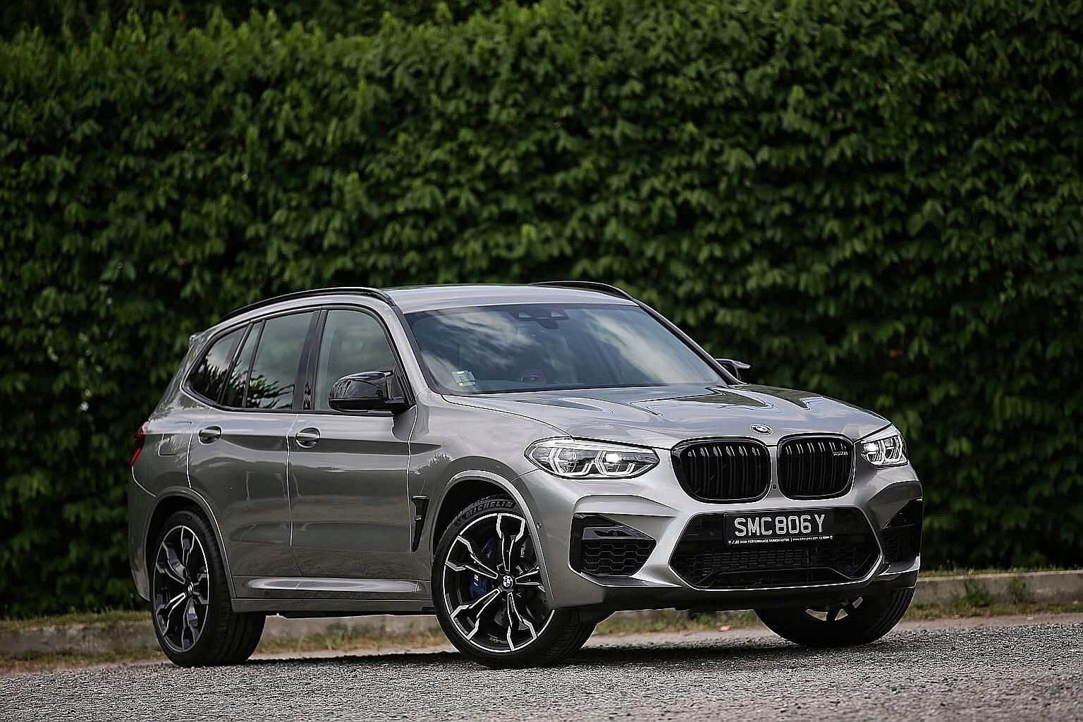The BMW X3M Competition delivers 510hp and 600Nm of torque. Even in Efficient mode, it is sportier than some sports cars in Sport mode.