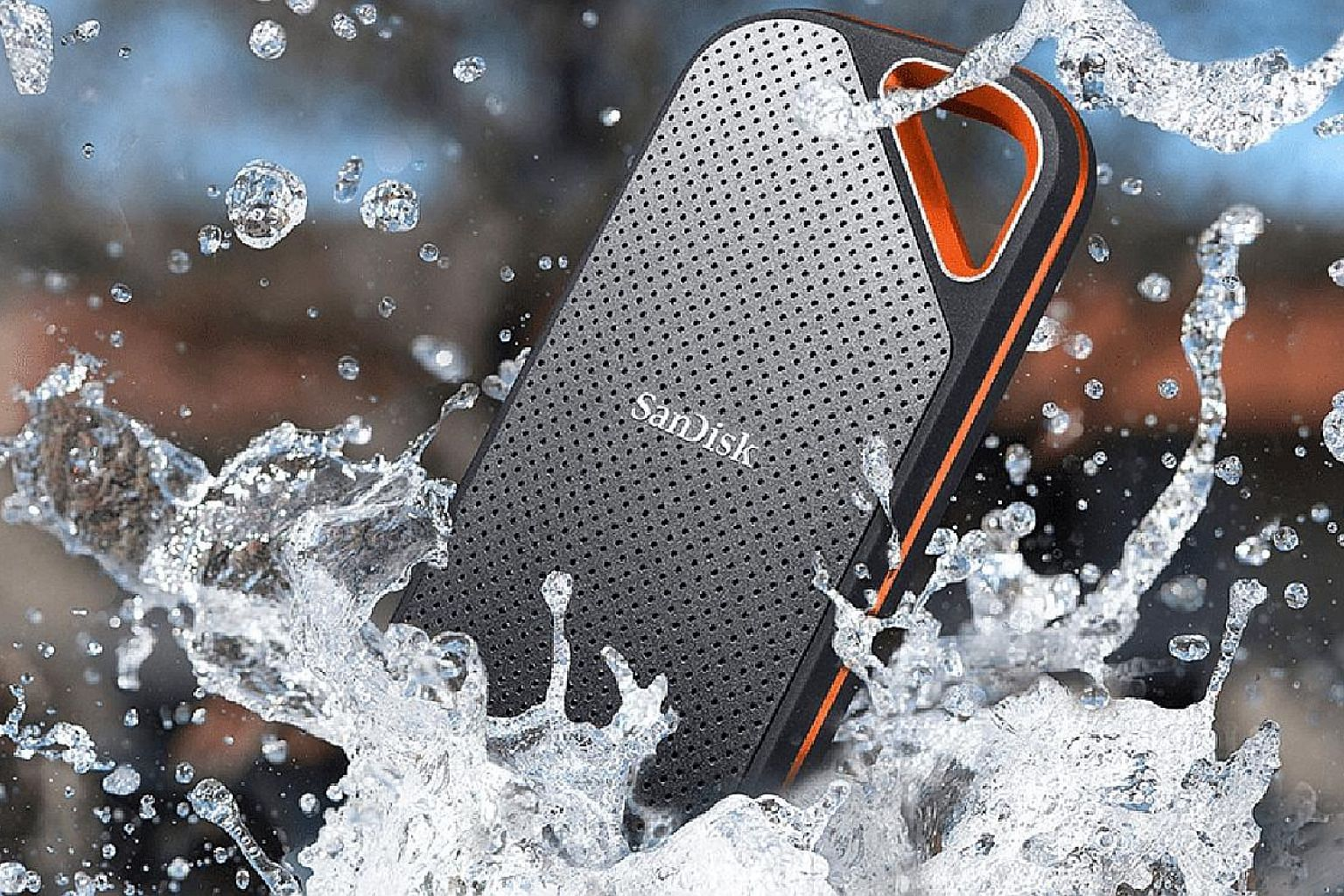 The SanDisk Extreme Pro E80 portable solid-state drive has an IP55-rating for protection against dust and water and is shock-resistant against drops from up to heights of 2m.