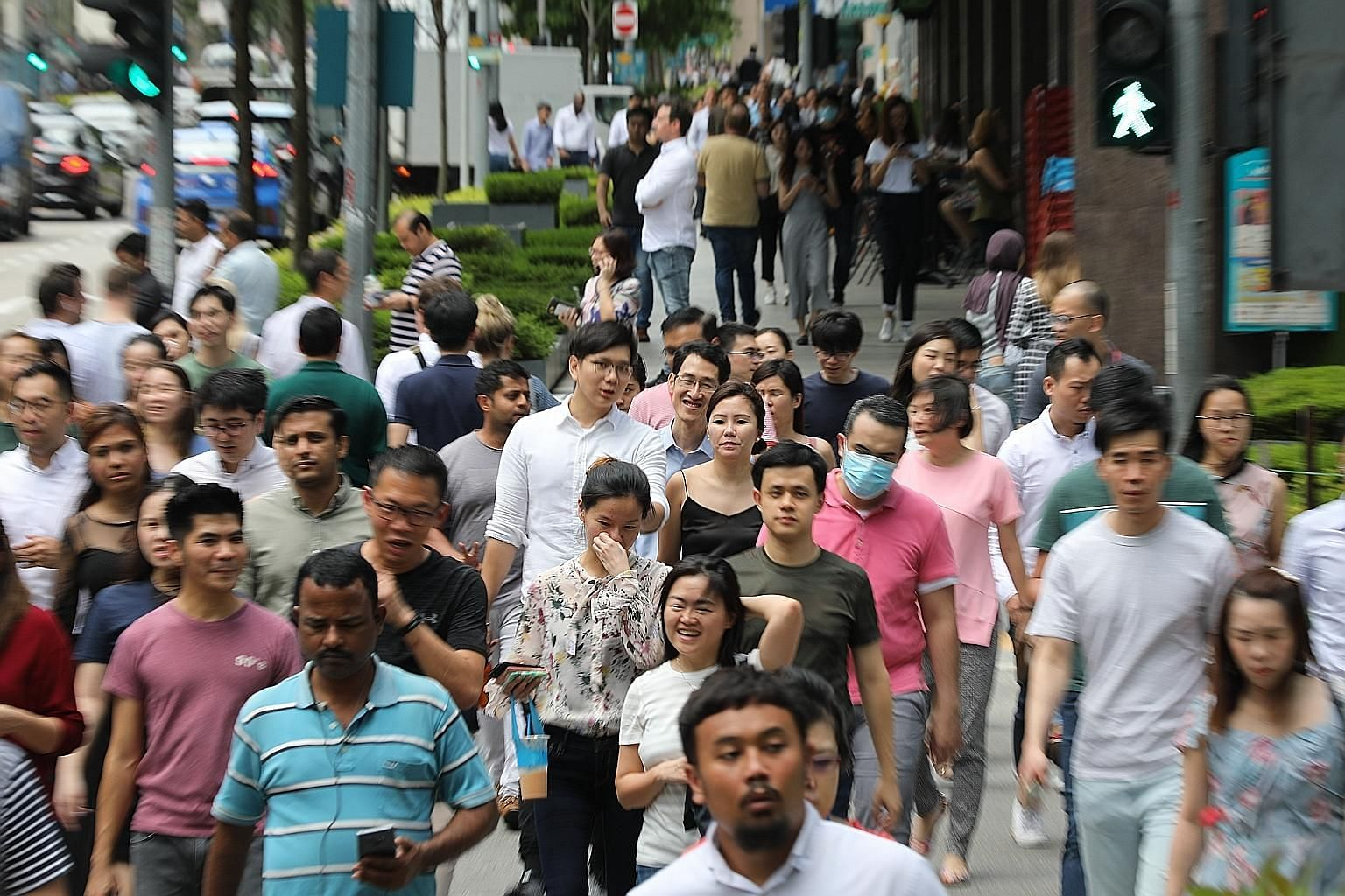 The basic cash grant of 25 per cent of wages under the Jobs Support Scheme applies to all Singaporean and permanent resident employees, who number more than 1.9 million. The support will apply to the first $4,600 of gross monthly wages per local empl