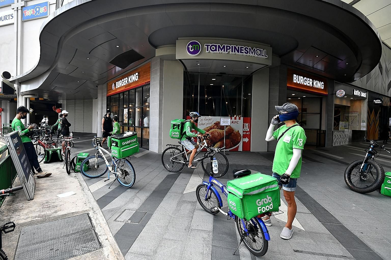 UOB customers spent 42 per cent more on online food orders and deliveries and 38 per cent more on e-commerce retail in the first quarter this year, from a year ago. Other banks, including Citi, also saw a rise in spending on online food orders.