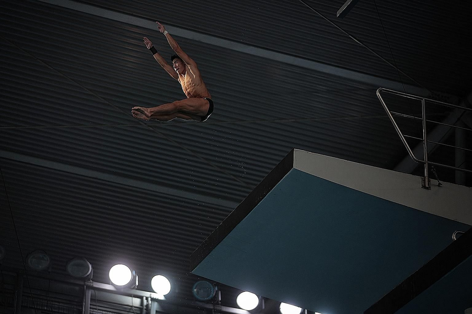 Singapore diver Jonathan Chan and other athletes who are training for the Tokyo Olympics have resumed their workouts last week. ST PHOTO: JASON QUAH