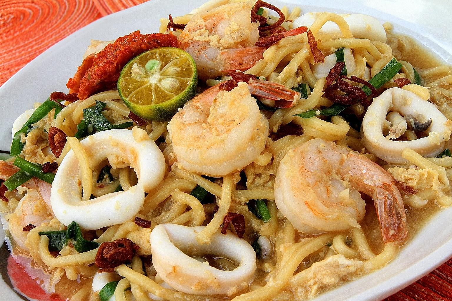 Jazz up yakisoba by cooking it in the style of fried Hokkien mee and using springy chukamen (wheat-flour noodles).