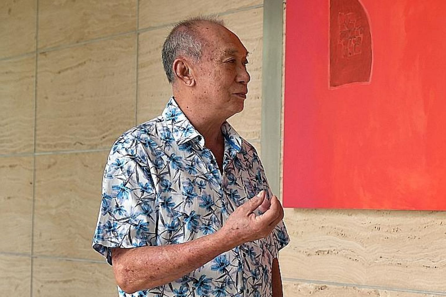 """Retired businessman Loh Kiong Poot, who donated $500,000 to The Straits Times School Pocket Money Fund yesterday, said: """"Recently, many families are facing difficulties because people are losing their jobs or earning less. Since I have the capacity t"""