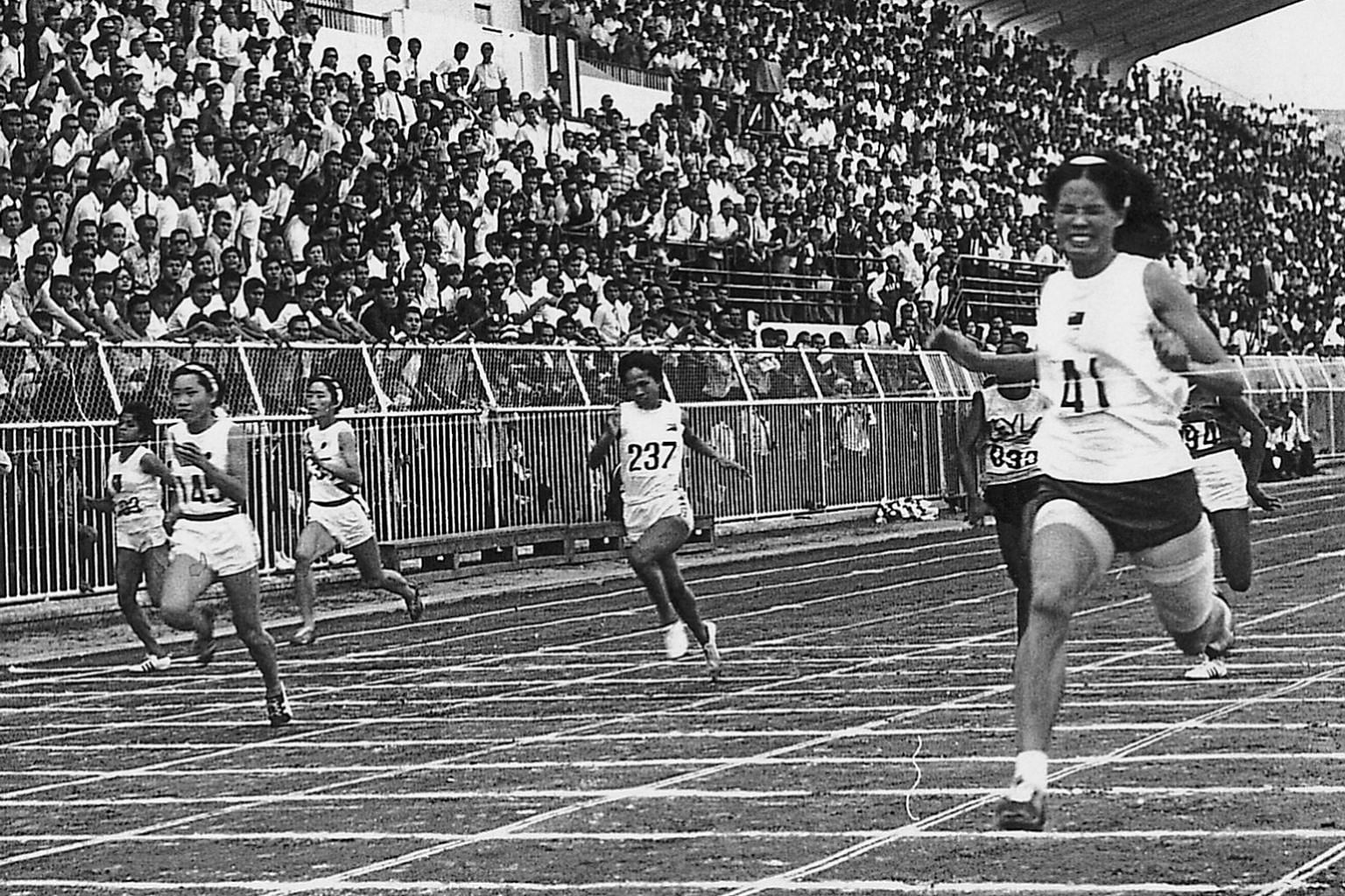 Chi Cheng winning the 100m at the 1970 Asian Games in Bangkok. PHOTO COURTESY OF CHI CHENG